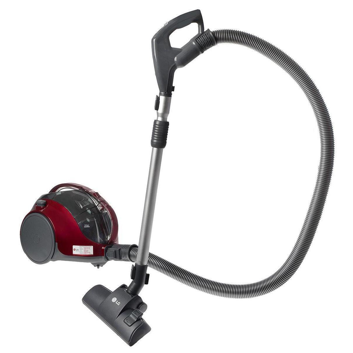 LG VK74W46H пылесосVK74W46HПылесос LG VK74W46H оснащен системой циклонической обработки всасываемой пыли, благодаря которой теперь вам не составит труда вытряхнуть скопившуюся пыль. Еще одна положительная особенность данной системы в том, что наполненность пылесборника никак не влияет на мощность всасывания. Она составляет 380 ватт. Вместе с тем, мощность потребления электроэнергии составляет совершенно небольшую величину – 1250 ватт.Среди прочих конструкторских дополнений модель обладает телескопической системой регулировки трубки всасывания, переключателем мощности на рукоятке, индикатором наполненности пылесборника и пятиметровым кабелем питания.