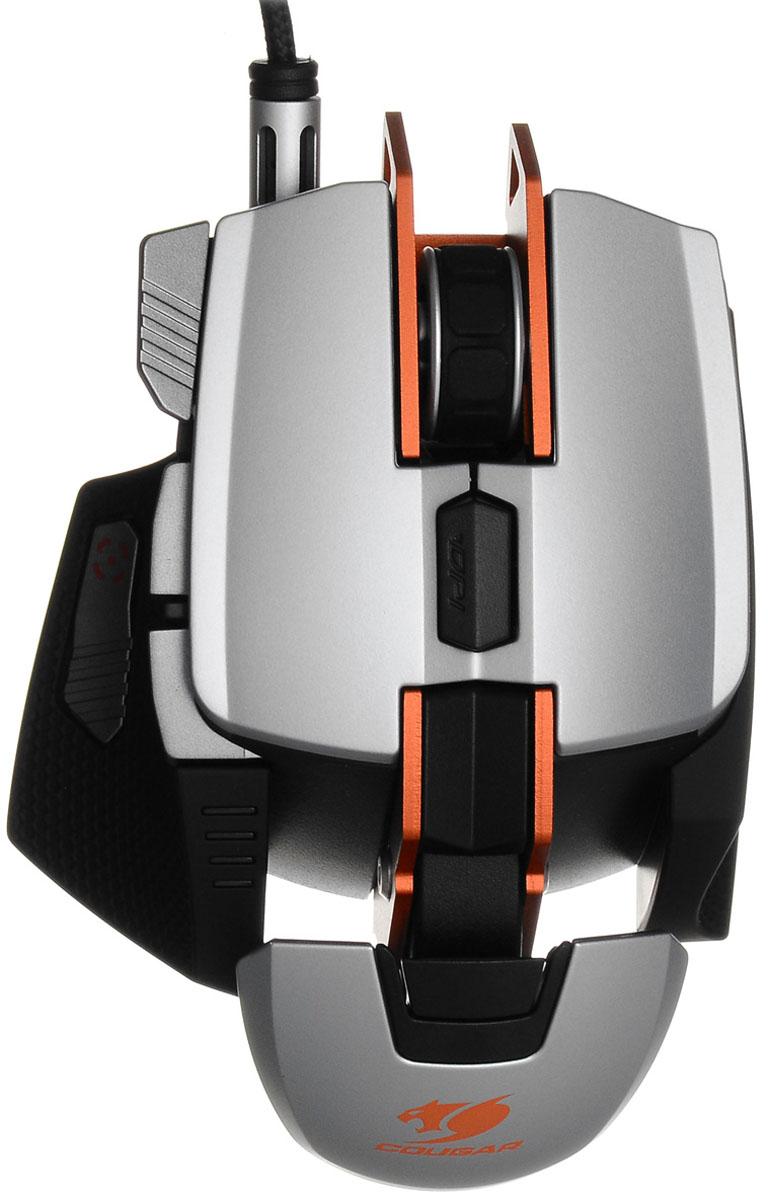 Cougar 700M, Silver Orange мышьCU700M-OCougar 700M - это регулируемая игровая мышь со встроенным процессором, разработана для профессиональных геймеров. Обрамленный дизайн структуры мыши подразумевает расположение всех деталей и компонентов на основе целостного алюминиевого корпуса, что обеспечивает более высокую прочность продукта.Дугообразная регулируемая форма мыши продумана для наилучшей эргономичности. Стандартный модуль расположения ладони может быть также заменен на Спортивный модуль.Снайперская кнопка специально сделана под углом в 45 градусов, что позволяет добиться лучшей стабильности, более высокой скорости, и более точного прицеливания во время игры.Алюминиевая рама:Гарантия более прочного и надежного устройства для более ожесточенной игры. Дизайн мыши Обрамленная Структура выделяет продукт среди других существующих на рынке моделей. Вдохновленная концепцией позвоночных животных, Cougar мышь построена на металлическом позвоночном основании, которое обеспечивает дополнительную прочность всему устройству. Благодаря такой конструкции, это самая легкая алюминиевая мышь в мире.Система аэро-динамики:Система аэро-динамики была разработана как способ сохранить вашу руку прохладной для улучшения управления мышью. Инженеры Cougar разработали систему передвижения потоков воздуха по всей площади мыши, которая будет обдувать потные ладони во время ожесточенного геймплея.Регулируемая эргономичность:Вместе со встроенной функцией настройки упора ладони, можно получить максимальный комфорт при управлении манимулятором.Дугообразная рама может быть приподнята или опущена с помощью простого вращения винта.Снайперская кнопка:Снайперская кнопка под углом в 45 градусов выполняет задачу снижения сенсорного разрешения. Это позволяет геймерам добиться более точного управления курсором мыши в снайперском режиме в шутерах от первого лица (FPS). Снайперская кнопка разработана с углом в 45 градусов для лучшей стабильности, высокой скорости, и лучшего прицеливания во время игры.Дульны