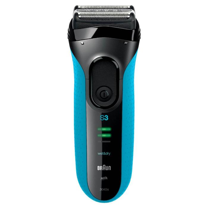 Braun Series 3 3040s, Black Blue электробритваБ0017839_s Гладкое бритье, идеальный комфорт. Быстрее, чем когда-либо раньше* С новой технологией Microcomb. Новая бритва Series 3 от Braun, мировой бестселлер среди сеточных бритв, стала еще лучше. Технология Microcomb помогает направлять больше волосков к режущим элементам для более быстрого бритья.* Благодаря системе бритья тройного действия и сеточке SensoFoil™ бритва Series 3 не только обеспечивает гладкое бритье 3-х дневной щетины, но и идеальный комфорт для кожи. Бритву Series 3 3040 Wet &Dry можно использовать в душе с пеной или с гелем для более комфортных ощущений. Технология Microcomb помогает направлять больше волосков к режущим деталям для более быстрого бритья. Tри независимых режущих блока адаптируются к контурам лица Технология Wet & Dry позволяет пользоваться бритвой в душе с пеной или гелем 1 час зарядки позволяет пользоваться электробритвой неделю *По сравнению с предыдущими Series 3 на 3х дневной щетине