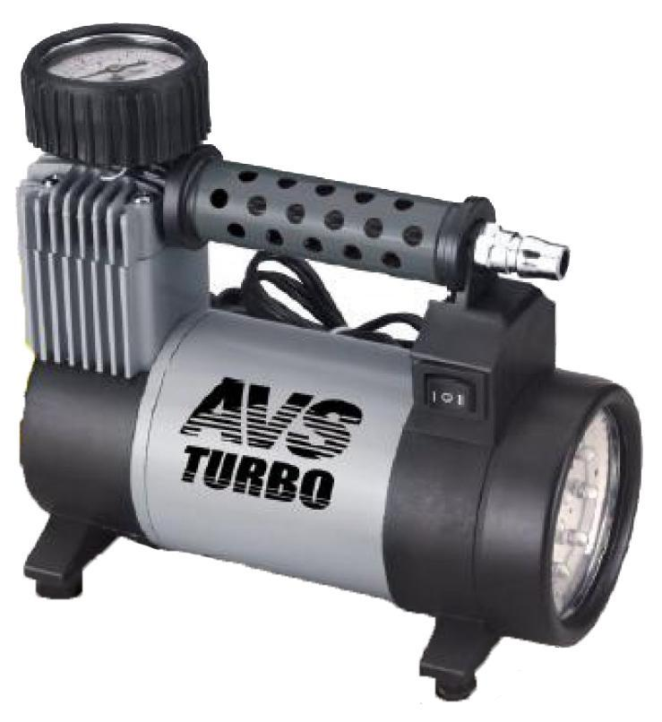 Компрессор автомобильный AVS KS450L80507Компрессоры автомобильные предназначены для накачки воздухом шин легковых и коммерческих автомобилей. Рабочее напряжение авто компрессоров — 12 Вольт. Высокая производительность автомобильных компрессоров делает возможным более широкое их применение. Автомобильный компрессор может быть использован для накачки воздухом мячей, матрасов, надувных лодок, проведения покрасочных и других подобных работ.