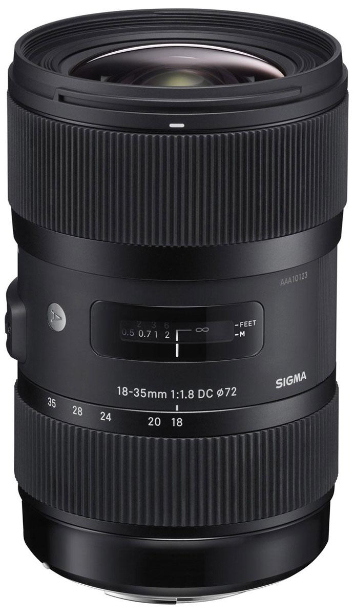 Sigma AF 18-35mm F1.8 DC HSM объектив для Nikon210955Sigma AF 18-35mm F1.8 DC HSM заслужено можно назвать объективом нового поколения, так как диафрагма F1.8 остается неизменной на всем диапазоне зумирования.Без сомнения, для хорошего объектива важна такая характеристика как размер светового отверстия. Одновременно с этим, универсальность, а также широкий диапазон фокусных расстояний и компактный дизайн делают объектив привлекательным вдвойне. Sigma 18-35mm F1.8 DC HSM – это первый зум-объектив, имеющий значение светового отверстия F1.8 на всем диапазоне зумирования. Объектив имеет фокусный диапазон, эквивалентный 27 мм - 52,5 мм для камер формата 35-мм.Все объективы компании Sigma делятся на три линейки: Contemporary, Art и Sport. Серию Art представляют широкоугольные, а также ультраширокоугольные объективы с первоклассными оптическими характеристиками, позволяющими добиваться ярко выраженного художественного эффекта на снимках. Данную линию оценят пользователи, ориентированные на творческий подход к созданию фотографий, а также ценящие многофункциональность и компактность, объединенные в одном корпусе. Новый объектив Sigma 18-35mm F1.8 DC HSM идеально подойдет для пейзажной, репортажной, архитектурной, студийной, портретной фотосъемки и других сцен.Оптическая конструкция линзы защищает от пересвета. Технология многослойного покрытия уменьшает блики и обеспечивает четкость и высокую контрастность изображений даже при заднем свете.