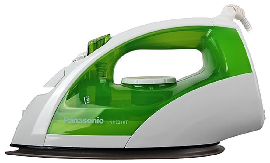 Panasonic NI-P210TGTW утюгNI-P210TGTWСтильное сочетание белого цвета с зеленым на корпусе утюга с подачей пара Panasonic NI-E210TGTW позволит создать пользователю отличное настроение, приятные тактильные и зрительные ощущения. Широкая удобная для захвата ручка в сочетании со свободно вращающимся на 360 градусов электрошнуром создаст максимальный комфорт и удобство в процессе систематической эксплуатации. Регулирование температуры осуществляется при помощи дискового регулятора, что обеспечивает дополнительное удобство. Быструю и удобную глажку обеспечивает универсальная каплевидная форма подошвы, выполненная из высококачественного титана. Наливать воду в резервуар будет легко и просто, благодаря увеличенному отверстию.