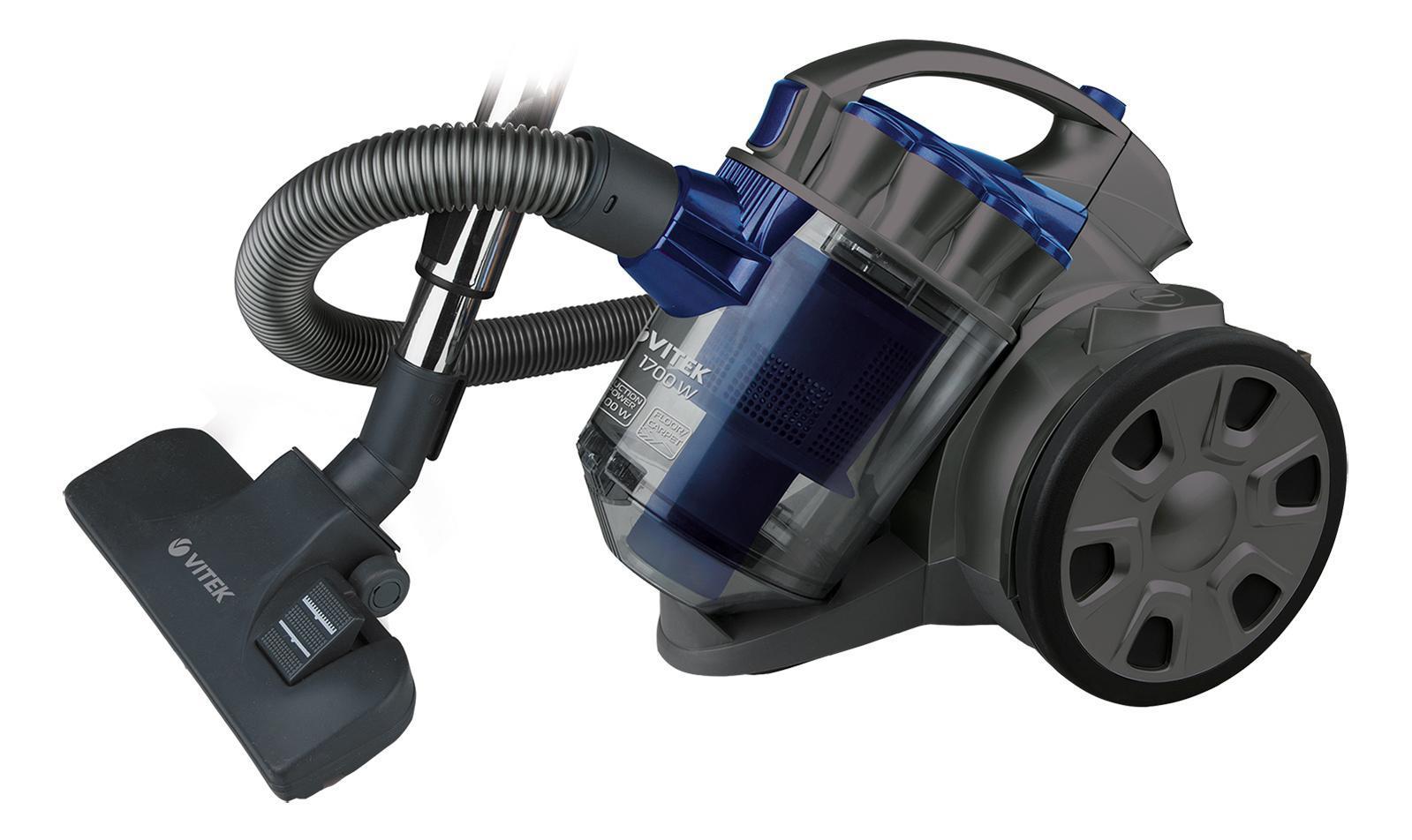 Vitek VT-1895(B) пылесосVT-1895(B)Пылесос Vitek VT-1895 станет настоящим подспорьем, если вы планируете генеральную уборку дома. Такой пылесос с мощностью 1700 Вт и мощностью всасывания 300 Вт оснащен уникальной системойHEPA-фильтров, которая эффективно борется за идеальную чистоту в вашем доме: благодаря 5-ступенчатой системе фильтрации пылесос задерживает споры, пепел, пыльцу, бактерии и микроскопические частички пыли размером от 0,3 мкм и больше. Это особенно важно, когда в доме есть дети и люди, страдающие аллергией или астмой: такая тщательная уборка позволяет избежать раздражений органов дыхания.Пылесос VT-1895обеспечен пылесборником емкостью 2 л. В данной модели пылесоса для вашего удобства предусмотрена функцияавтоматического сматывания шнура. Работа с пылесосом особенно удобна благодаря стальной телескопической трубке, которую можно легко настроить на нужную длину и зафиксировать в таком положении. В комплект пылесоса VT-1895 также входят насадки для чистки различных поверхностей: универсальная щетка с переключателем «пол/ковер», щелевая насадка для труднодоступных мест, щетка для чистки мягкой мебели и щетка для пыли. Все это поможет эффективно и быстро справиться с любым типом уборки!
