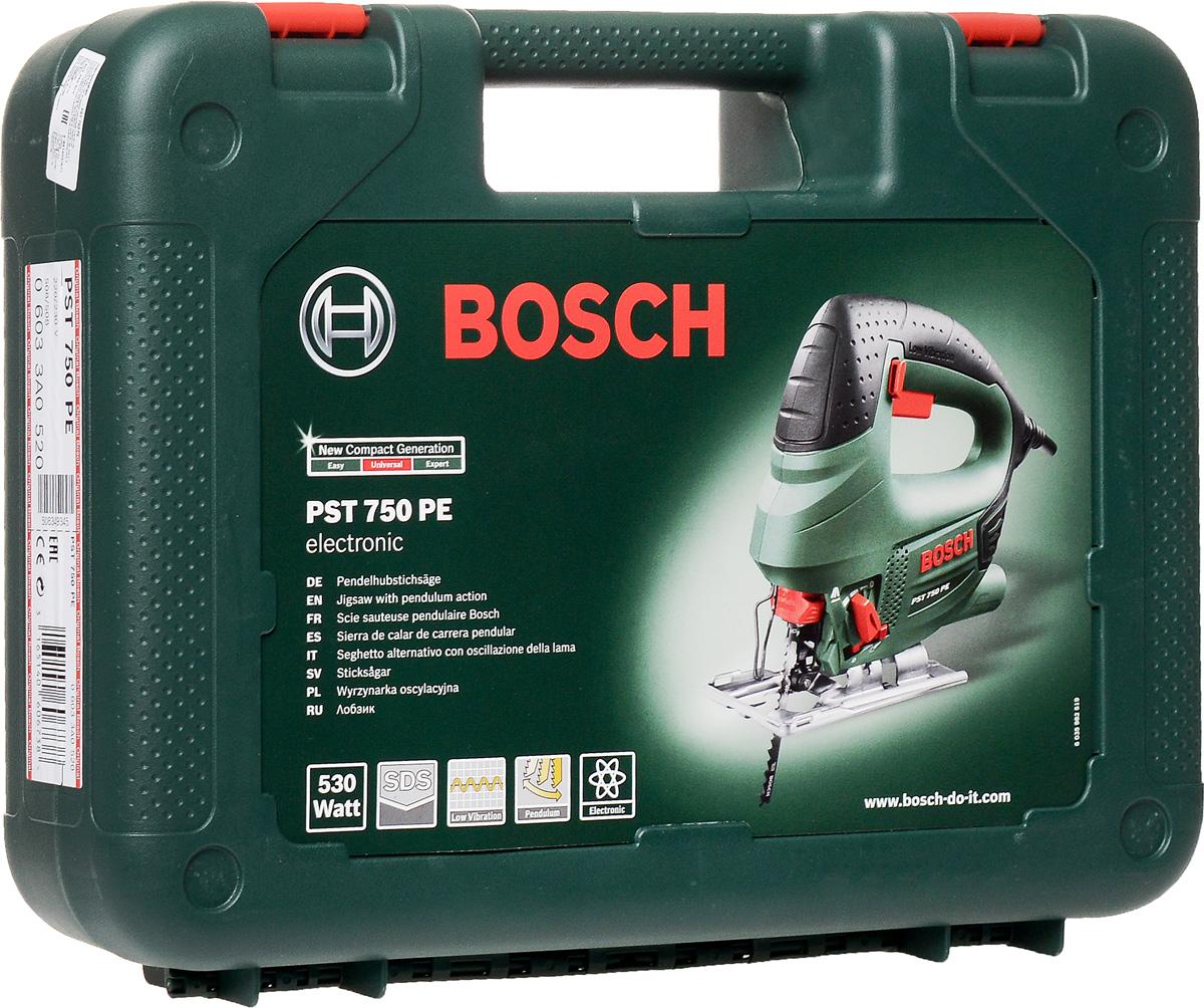 Электролобзик Bosch PST 750 PE 06033A052006033A0520Лобзик Bosch PST 750 PE (06033A0520) с 4-ступенчатым маятниковым ходом предназначен для прямых и фигурных резов различных материалов. Замена пилки происходит без помощи дополнительного инструмента. Система Low Vibration снижает уровень вибрации, передаваемой на рукоятку - для комфортной длительной работы. Точные пропилы и предотвращение перелома режущего инструмента благодаря опорному ролику. Функция сдува опилок обеспечит видимость линии реза, а подключение к пылесосу - чистоту процесса.Кейс в комплекте.