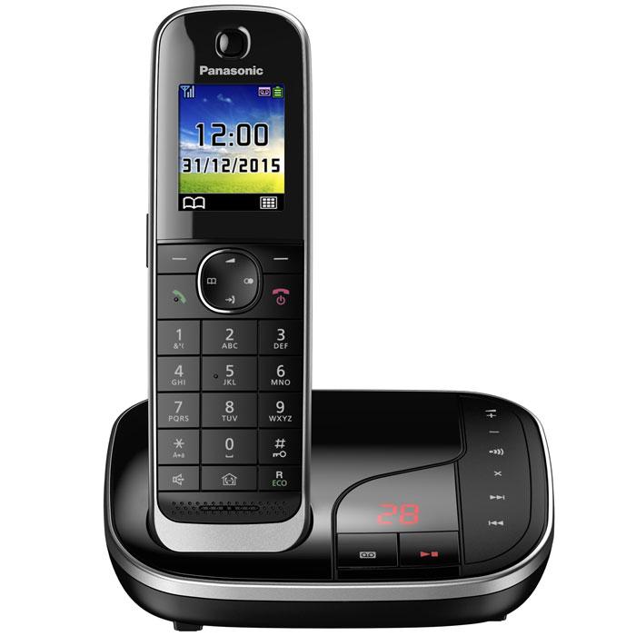 Panasonic KX-TGJ320RUB DECT-телефонKX-TGJ320RUBPanasonic KX-TGJ320RUB- цифровой беспроводной телефон c автоответчиком и одной трубкой. Серебристая рамка и глянцевая поверхность корпуса придают устройству роскошный вид.Увеличенная емкость батареи обеспечивает максимальную продолжительность работы в режиме разговора в течение 15 часов, поэтому вы сможете говорить дольше. Кроме того, в режиме ожидания трубка может находиться вне базы без подзарядки в течение 10 дней.В случае отключения электричества питание базового блока осуществляется от аккумулятора трубки. Отсутствие электричества не сможет помешать вам сделать важные звонки.Вы можете заблокировать любой выбранный номер, а также любые последовательности чисел (от 2 до 8 цифр), совпадающие с номерами, внесенными в черный список. Канал связи между беспроводной трубкой и базовым блоком зашифрован, а ключ шифрования периодически меняется для поддержания высокого уровня безопасности.Беспроводная трубка передает информацию о звонящем с помощью голоса, поэтому узнать, кто звонит, можно не подходя к базовому блоку, чтобы посмотреть на экран. Это удобно, поскольку сразу можно понять, кому нужно подойти к телефону.Автоответчик с расширенными функциямиПолучайте сообщения с автоответчика будучи как внутри, так и вне дома. Базовый блок может известить с помощью звука о записи нового сообщения на автоответчик. Если вы не дома, базовый блок может отправить вам извещение, позвонив на внесенный в него номер мобильного или офисного телефона. Функция подавления шума и большой динамик обеспечивают четкое воспроизведение записанных сообщений.Телефон можно запрограммировать на беззвучный режим в течение заданных промежутков времени. Однако имеется возможность включения звука для выбранных абонентов, для чего в телефонной книге их нужно внести в отдельную группу контактов.Интеллектуальная функция удаленного присмотра за ребенкомПри улавливании звука детская трубка автоматически позвонит на родительскую трубку. Находясь в другой комнате, 