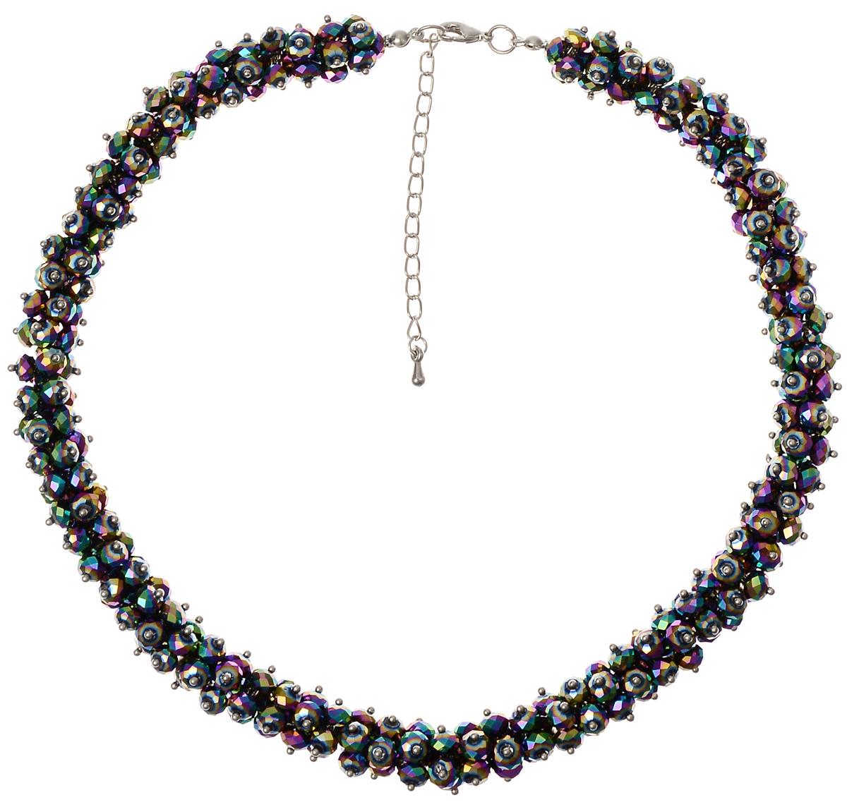 Ожерелье Fashion House, цвет: серебряный, мультицвет. FH2804939890|Колье (короткие одноярусные бусы)Оригинальное ожерелье Fashion House выполнено в виде основы из прочной нейлоновой нити на которую нанизаны граненые бусины.Изделие застегивается на практичный замок-карабин, длину ожерелья возможно регулировать при помощи дополнительных звеньев в цепочке.Изящное ожерелье придаст вашему образу изюминку, подчеркнет красоту и изящество вечернего платья или преобразит повседневный наряд.
