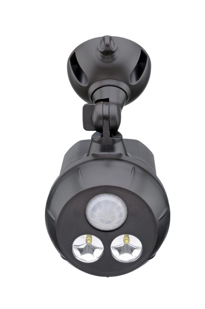 Светильник уличный MrBeams MB390, беспроводной, с датчиками движения и освещенности LED прожектор, 300 люмен, коричневый, 4 х DMB390Беспроводной LED прожектор с датчиками движения и освещенности Варианты применения: для использования внутри помещения и на улице. Подсветка в любом нужном месте - кладовка, подвал, участок, гараж, ворота, беседка, детская площадка. Яркость: 300 люмен, Цвет Белый (5000K)Площадь освещения: 38 кв. метраДатчик движения: дистанция срабатывания: 5- 8 метров Датчик освещенности: активация работы светильника только в темнотеТаймер отключения при отсутствии движения: 20 секунд.Время работы на одном комплекте батареек: 1 год работы ежедневного типового использования или до 25 часов непрерывной работыПитание: 4 щелочные батарейки типа D (1.5 В) Простота монтажа/демонтажа: Крепление саморезами (в комплекте).Безопасность: Отсутствие электрической проводки, корпус защищен от случайного проникновения маленьких детей.Надежность: срок службы LED до 30000 часов. Высококачественный пластик с защитой от ультрафиолетовых лучей – не выгорает под солнцем.Размеры (Ш*В*Г): 9,8 * 16,5 * 11,4 смВес: 29 г (без батареек)
