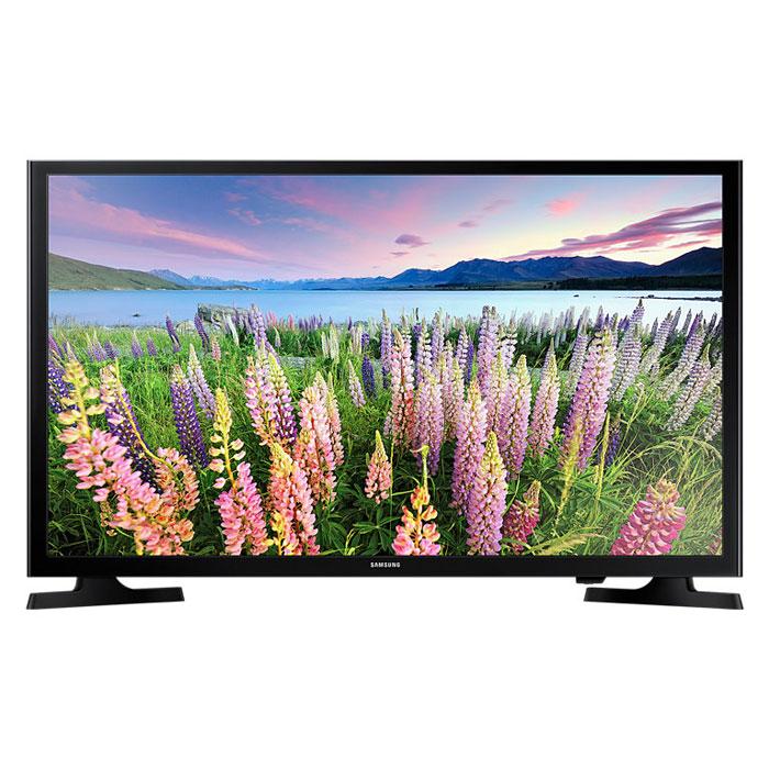 Samsung UE-48J5000AUX телевизорUE48J5000AUXRUSamsung UE-48J5000AUX - один из представителей популярной серии телевизоров с экраном с разрешением Full HD.Данная модель в своей основе имеет продвинутую 48-дюймовую матрицу, которая поддерживает большое количество технологий, призванных сделать изображение наиболее качественным и реалистичным. Благодаря широкому формату экрана и тонким рамкам достигается максимальный эффект присутствия, а картинка приобретает максимально насыщенные и яркие краски. С технологией Clear Motion Rate быстрое движение на экране телевизора будет отображаться с высокой четкостью. Вы получите больше удовольствия от просмотра фильмов, спортивных трансляций и прочих развлекательных программ.Использование новейшей технологии расширения диапазона цветопередачи Wide Color Enhancer Plus позволяет существенно улучшить качество изображения и, в частности, передачу деталей. Благодаря функции ConnectShare Movie вы можете просто вставить ваш USB-накопитель или жесткий диск в USB-порт телевизора для просмотра фильмов, фото или прослушивания музыки.Телевизор поддерживает основные современный стандарты цифрового вещания, а также оснащен отличной аудиосистемой на 20 Вт. На задней панели имеется множество различных интерфейсов и портов. Таким образом, Samsung UE-48J5000AUX справится с любыми привычными задачами. Модель не перегружена лишними функциями, а качество исполнения держится на высоте в любом аспекте.