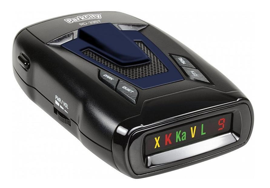 ParkCity RD-33ST, Black радар-детектор00000006768Радар-детектор ParkCity RD-33ST – является ярчайшим представителем в своей категории устройств и достойным конкурентом аналогам, которыми пестрит российский рынок цифрового автомобильного оборудования. Бренд ParkCity уже давно завоевал признания многих автовладельцев, так как выпущенная им продукция неизменно становится хитом продаж, благодаря высочайшему качеству, многофункциональности и при этом доступной цене.Представленная модель показала высокую эффективность против СТРЕЛКИ, что является приоритетным фактором у покупателей. Дальность детектирования этого опасного радарного комплекса достаточно высока и дает возможность пользователю во время предпринять меры для снижения скорости своего передвижения до попадания в радиус действия вышеуказанного источника. Это стало возможным благодаря внедрению производителем линзы с высоким усилением, которая повысила, как дальность действия устройства, так и его чувствительность.