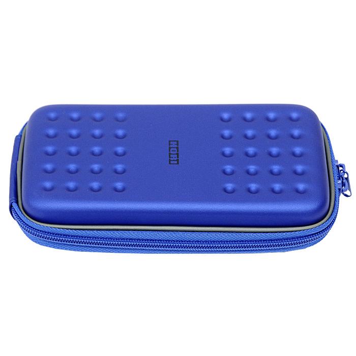 Футляр с жестким корпусом Hori для PS Vita (синий)4961818018051Противоударный футляр Hori с жестким корпусом для PS Vita надежно защитит вашу консоль от повреждений и царапин. Он имеет 2 отделения для игровых картриджей. Съемный карабин позволит надежно закрепить чехол на рюкзаке или сумке.
