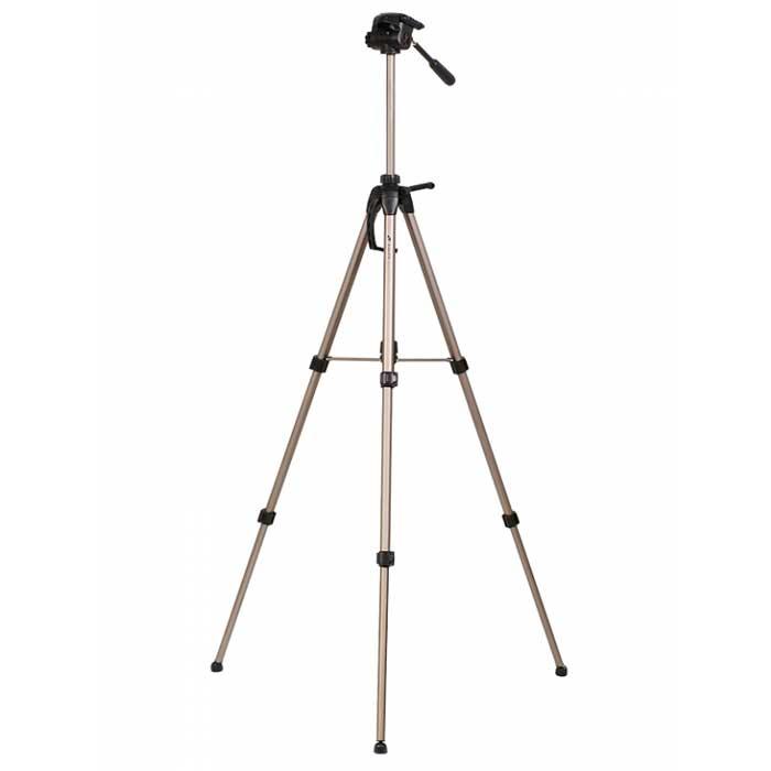 Era Pro ECSA-3770 штативECSA-3770Штатив Era Pro ECSA-3770 серии Classic Advanced. Легкий, компактный, и, вместе с тем, прочный и надежный штатив для фото- видеокамеры. Идеально подходит для большинства любительских и профессиональных фото- видеокамер.