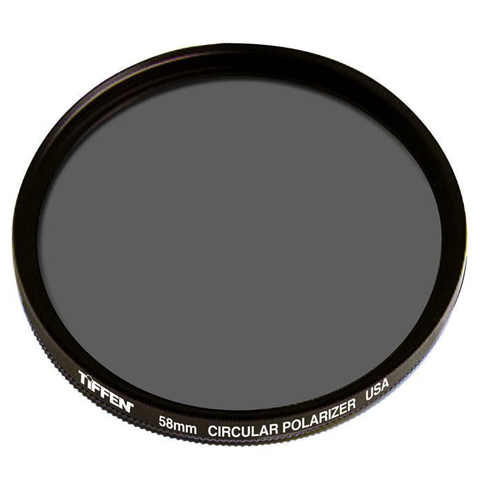 Tiffen Circular Polarizer Filter поляризационный фильтр (58 мм)58CPTiffen Circular Polarizer - защитный поляризационный фильтр (круговая поляризация).Повышает контраст, удаляет блики - отражения от водной и стеклянных поверхностейПосле установки, вращая переднюю оправу, меняется степень поляризации светаДля усиления синевы снимаемого неба, установите фильтр перпендикулярно направлению падающего света