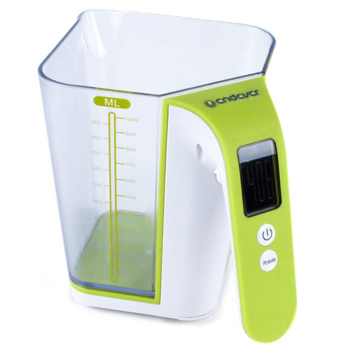 Endever KS-514, White Green весы кухонныеKS-514Кухонные весы Endever KS-514 - это высококачественный прибор, в котором применены новейшие технологии в области использования безопасных для здоровья материалов и компонентов. Удобная мерная шкала повышает точность и удобство измерения продуктов. LCD-дисплей с подсветкой позволяет наглядно выбрать единицы измерения и вид продукта.Весы обеспечат надежное и максимально точное взвешивание продуктов массой до 2 кг. Незначительная погрешность в 1 грамм позволит вам следовать даже самым сложным и точным рецептам. Стильный и современный дизайн весов впишется в любой кухонный интерьер. Съемная чаща выполнена из пищевого пластика, который не влияет на вкусовые качества измеряемых продуктов. Внутри есть специальная шкала деления, которая позволяет использовать чашу в качестве емкости для непосредственного смешивания.Индикация слабого заряда батареиШкала объема в миллилитрахЕмкость чаши: 1 л