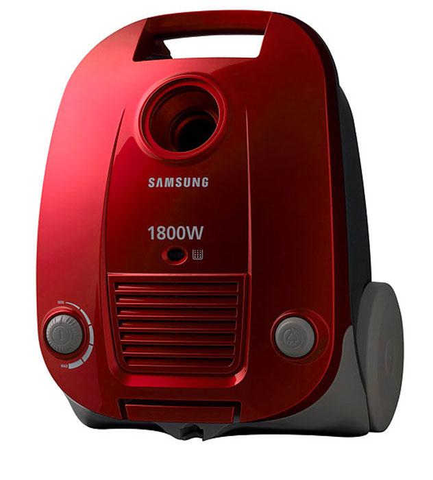 Samsung SC4181 пылесосVCC4181V34Samsung SC4181 - компактный и мощный пылесос с мешком для пыли. Модель оснащена телескопической трубкой и плавным регулятором мощности. Поворот шланга на 360 градусов позволяет не переносить пылесос и делает уборку легкой. В комплекте идет щетка Pet Brush, с помощью которой можно более эффективно собирать шерсть домашних животных. Функция выдуваФункция выдува позволяет легко очищать от пыли и загрязнения труднодоступные места. Двухпозиционная щеткаЭта щетка оборудована переключателем ковер/пол, что позволяет добиться максимальной эффективности уборки на любом покрытии. Гигиеничная система фильтрации HEРAФильтр HEPA (высокоэффективная задержка частиц пыли) способен выполнять фильтрацию частиц размером 0,3 м, аналогичных по размеру частицам сигаретного дыма. Если фильтр выполняет фильтрацию частиц размером 0,3 м на 95%, фильтр имеет класс HEPA 11. Если фильтр выполняет фильтрацию частиц на 99,5% - это фильтр класса HEPA 12, и если он выполняет фильтрацию на 99,95% - это фильтр класса HEPA 13. Щетка для пылиЩетка для пыли используется, чтобы избежать царапин при уборке деликатных поверхностей, таких, например, как поверхности аудиосистемы или решетки кондиционеров. Турбощетка для уборки шерсти домашних животных Pet BrushЭта щетка окажет вам незаменимую помощь во время уборки ковров от шерсти домашних животных.