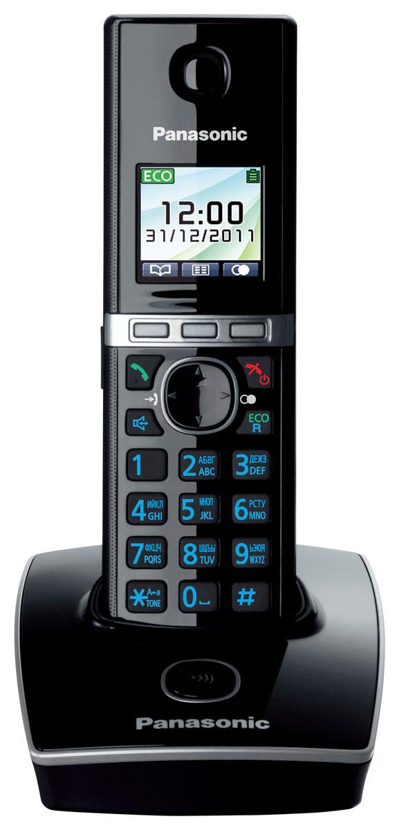 Panasonic KX-TG8051 RUB DECT телефонKX-TG8051 RUBБеспроводной телефон Panasonic KX-TG8051 стандарта DECT/GAP.Стандарт DECT/GAP позволяет использовать совместимые трубки других моделей и производителей (некоторые функции могут быть недоступны).Особое внимание уделяется удобству использования. Трубка имеет цветной TFT-дисплей и подсветку клавиш. Эргономичные формы обеспечивают комфорт при длительных разговорах. Меню телефона полностью русифицировано, что позволяет легко менять настройки и редактировать до 200 контактов телефонной книги.Помимо продуманного дизайна и навигации, модель обладает широким функционалом. Модель KX-TG8051RU1 оснащена функцией резервного питания, обеспечивающей временную работу базового блока от аккумуляторов трубки. При отключении электричества трубка устанавливается на базовый блок, и при включении громкой связи появляется возможность совершать и принимать вызовы.Среди других опций стоит упомянуть об Эко режиме, позволяющем снизить мощность радиосигнала до 90% при нахождении трубки вне базового блока.Телефон KX-TG8051RU1 оснащен голосовым АОН, Caller ID и полифоническими мелодиями звонка. Также модель имеет разъем для гарнитуры, позволяющей освободить руки и делать записи или печатать на компьютере во время разговора.Функция резервного питанияЦветной дисплейБелая подсветка дисплеяКопирование записей телефонного справочникаИндикатор входящего вызоваРусифицированное менюВозможность подключения дополнительных трубок (до 6 штук)Ночной режим, эко-режимТип дополнительных трубок: KX-TGA806Питание трубки: NiMH аккумулятор