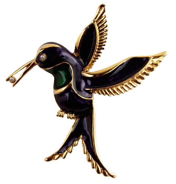 Брошь Синяя птица №3. Бижутерный сплав, кристаллы, эмаль. Франция, конец ХХ векаБрошь-булавкаБрошь Синяя птица.Бижутерный сплав, кристаллы, эмаль.Франция, конец ХХ века.Размеры: 6 х 6 см.Сохранность хорошая. Брошь прекрасного качества.На обороте брошь имеет клеймо с серийным номером, что говорит об ее эксклюзивности и лимитированности. Брошь послужит отличным украшением для вашего наряда.Выполнено изделие из высококачественного бижутерного сплава золотого тона. Украшено кристаллами, эмалями синего и зеленого цвета.Несомненно, очень красивое украшение!