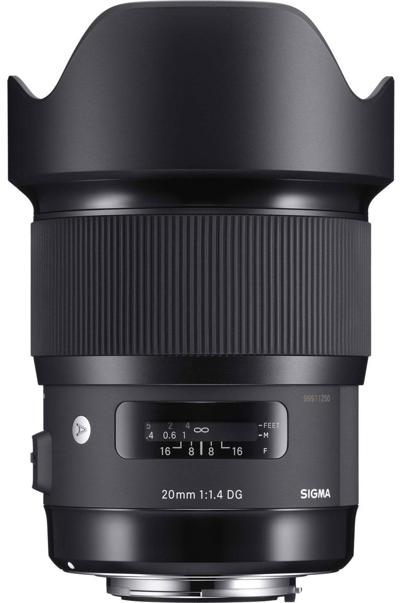 Sigma AF 20mm f/1.4 DG HSM объектив для Nikon412955Sigma AF 20mm f/1.4 DG HSM - светосильный широкоугольный полноформатный объектив, оснащенный асферическими линзами большого диаметра. Такая светосила достигается благодаря применению в оптической конструкции двойной асферической линзы диаметром 59 мм. Новейшая оптическая конструкция объектива эффективно минимизирует дисторсию, поперечную цветовую аберрацию, сагитальную кому при съемке на открытой диафрагме.Объектив имеет в своей конструкции 2 элемента из флюоритоподобного стекла FLD и 5 элементов из специального низкодисперсного стекла SLD, которые эффективно снижают поперечную хроматическую аберрацию, обычно заметную по краям изображения. Также минимизированы и аберрации в осевом направлении. В результате объектив обеспечивает высочайшее качество изображения без цветовых искажений в любых условиях съемки, постоянную резкость и контраст.Конструкция Sigma AF 20mm f/1.4 DG HSM выполнена с учетом угла падения света, начиная с первой линзы, а положение асферических элементов рассчитано самым оптимальным образом, что позволяет минимизировать дисторсию по всему полю кадра. Фирменное супермногослойное просветление также снижает искажения и обеспечивает резкость и высокий контраст изображения даже при сложной световой картине.Ультразвуковой мотор фокусировки HSM обеспечивает быструю и тихую автофокусировку. Благодаря новому переработанному алгоритму автофокусировка теперь происходит более плавно. Есть функция доводки фокуса вручную (full-time MF) вращением кольца фокусировки - это делает фокусировку более точной.
