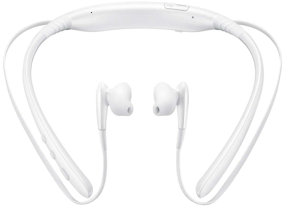 Samsung EO-BG920 Level U, White Bluetooth-гарнитураEO-BG920BWEGRUГарнитура Samsung EO-BG920 Level U обладает одновременно двумя весовыми преимуществами - лучшим в своем классе качеством звучания и эргономичным стильным дизайном. Помимо этого, в длинном списке ее достоинств нашлось место для большого времени автономной работы и возможности работы с приложениями Text-to-Speech.Небольшой вес и конструкция с гибкими регулируемыми соединениями обеспечивают удобство повседневного использования. Когда Samsung Level U не используется, ее можно носить на шее, скрепив магниты на концах наушников. Так вы ни за что не потеряете устройство - даже при активном движении. Для того, чтобы вам было проще использовать все ее возможности, в гарнитуре предусмотрен ряд клавиш управления. В частности, с их помощью можно регулировать уровень громкости, ставить на паузу, воспроизводить музыкальное произведение или переключаться на следующий трек.Чтобы качественным звуком мог наслаждаться не только владелец гарнитуры, но и его собеседники, в Samsung Level U установлено сразу два микрофона. Один из них регистрирует фоновые шумы, второй - анализирует голос, после чего устройство отфильтровывает сторонние звуки и передает кристально чистый звук.