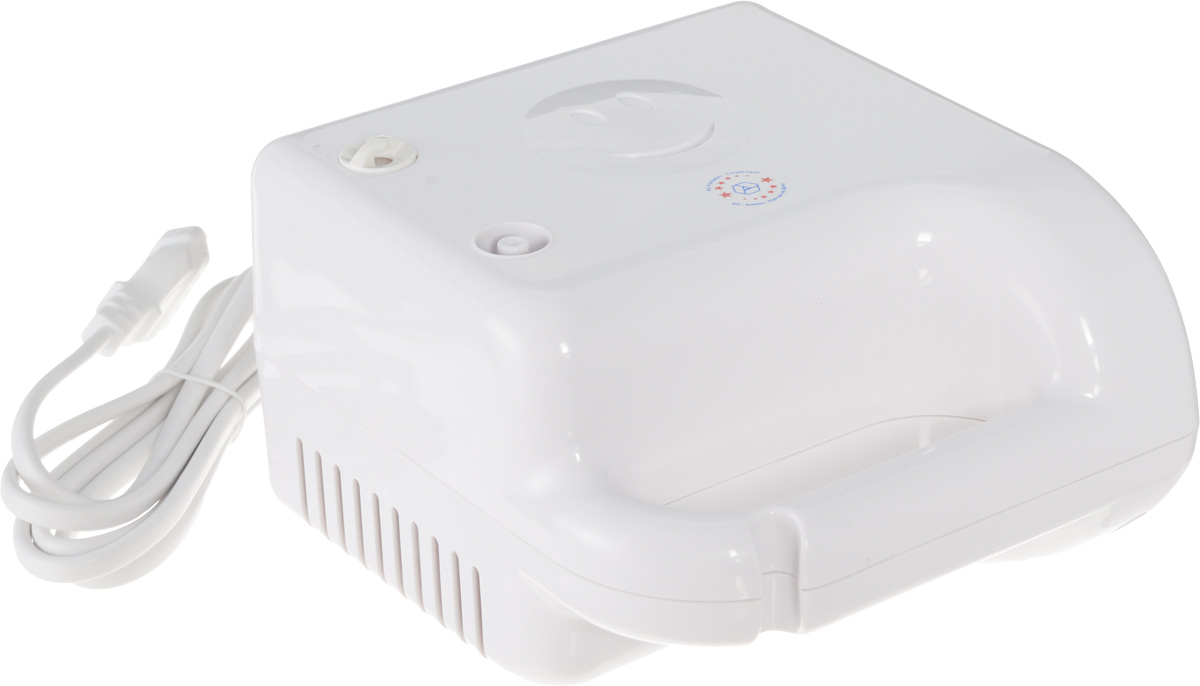 Алмаз MCN-600А Life компрессорный ингаляторMCN-600А (Life)Компрессорный ингалятор Алмаз MCN-600А Life является базовой моделью, которая производится уже много лет, хорошо себя зарекомендовала и пользуется большим спросом.Ингалятор состоит из пластмассового корпуса и распылительной камеры, соединенной с ним гибким шлангом. В корпусе установлен поршневой компрессор, который создает избыточное давление воздуха, подаваемого по гибкому шлангу в распылительную камеру. Конструктивно камера - это пластмассовая емкость для лекарства с устройством для его распыления потоком воздуха.Данная модель предназначена для профилактики и лечения различных заболеваний дыхательных путей с помощью ингаляций. Прибор создает мелкодисперсный аэрозоль из водорастворимых лекарственных препаратов для проведения ингаляций. Частицы аэрозоля имеют размер в среднем, 3 мкм, благодаря чему они достигают различных отделов дыхательных путей. Образование аэрозоля в ингаляторе происходит при прохождении потока воздуха под давлением, создаваемым компрессором, через камеру с лекарственным раствором.Корпус ингалятора изготовлен из гигиеничной пластмассы высшего сорта, что обусловливает безвредность при использовании, современный эстетичный и эргономичный дизайн. При изготовлении электронного блока использованы современные качественные материалы. Благодаря этому достигнута высокая надежность прибора, его безопасность, удобство применения. На распылительной камере имеются разметочные метки, которые обозначают примерный объем лекарственного препарата в камере.Интенсивность распыления: 0,3 мл/ минРазмер частиц аэрозоля: не более 4 мкмОбъем емкости для лекарств: 6 млУровень шума: 55 дБ