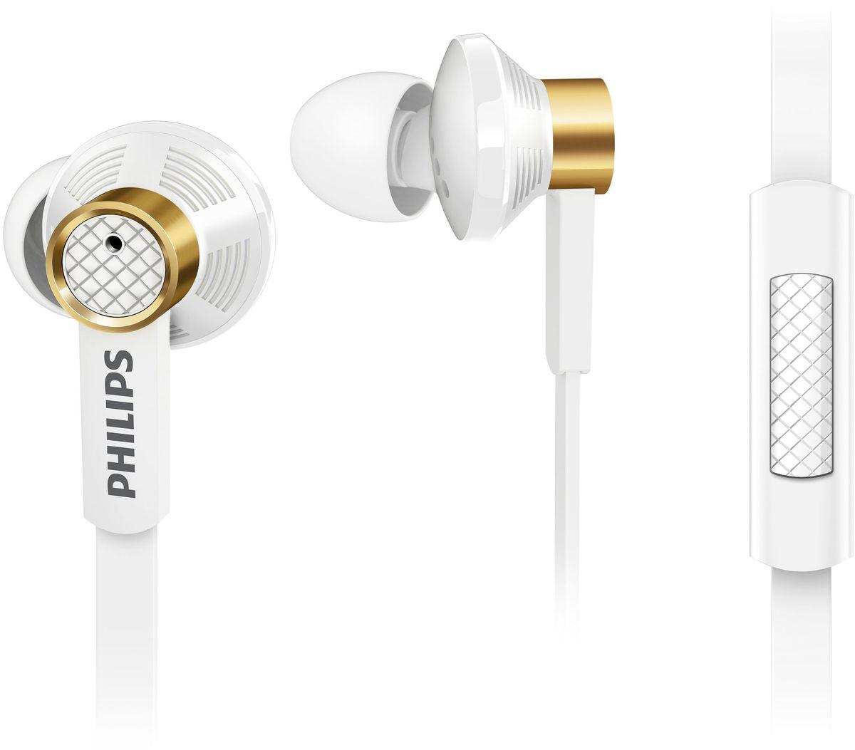 Philips TX2WT/00 наушники-вкладышиTX2WT/00Благодаря излучателям премиум-класса и овальным звуковым трубкам наушники Philips TX2 воспроизводяткристально чистый звук и насыщенные басы. Удобные мягкие насадки позволяют полностью погрузиться впрослушивание, а плоский кабель избавит вас от спутанных проводов.Встроенный микрофон для переключения между музыкой и вызовами:Благодаря встроенному микрофону можно легко переключаться между режимами разговора и прослушиваниямузыки и всегда оставаться на связи с теми, кто вам дорог.Три пары насадок на выбор для идеальной посадки:В комплект входят насадки 3 размеров (маленькие, средние и большие), чтобы вы могли выбрать подходящийвариант.Звукоизолирующие насадки не пропускают внешние шумы:Звукоизолирующие насадки блокируют внешние шумы, и вы можете наслаждаться музыкой без помех.Легкое медное кольцо сокращает вибрации и обеспечивает чистое и точное звучание.В результате обширных исследований, посвященных строению человеческого уха, была выбрана овальнаяформа звуковой трубки. Эргономичная форма подходит для любой формы уха, обеспечивает идеальнуюпосадку и комфорт, и вы можете наслаждаться музыкой сколько угодно.Гибридная конструкция для чистого звучания и насыщенных басов.Для обеспечения чистого звука и насыщенных басов в гибридной конструкции используются мощныенеодимовые магниты. Большие излучатели 13,5 мм в компактной вставке повышают качество звучания иобеспечивают непревзойденный комфорт.Прочный сгиб кабеля повышает прочность и удобство подключения.Мягкий резиновый сгиб предотвращает повреждение контактов при многократном сгибании кабеля ипродлевает срок службы наушников.Благодаря плоской форме кабель не спутывается. Стильный переключатель на кабеле предназначен дляудобства в дороге.Невероятно легкая звуковая катушка расширяет диапазон воспроизведения высоких частот, она крепится к излучателю, и под воздействием проходящего через нее токаи магнитного поля возникает движущая сила. Поскольку подвижные части излучателя должны имет