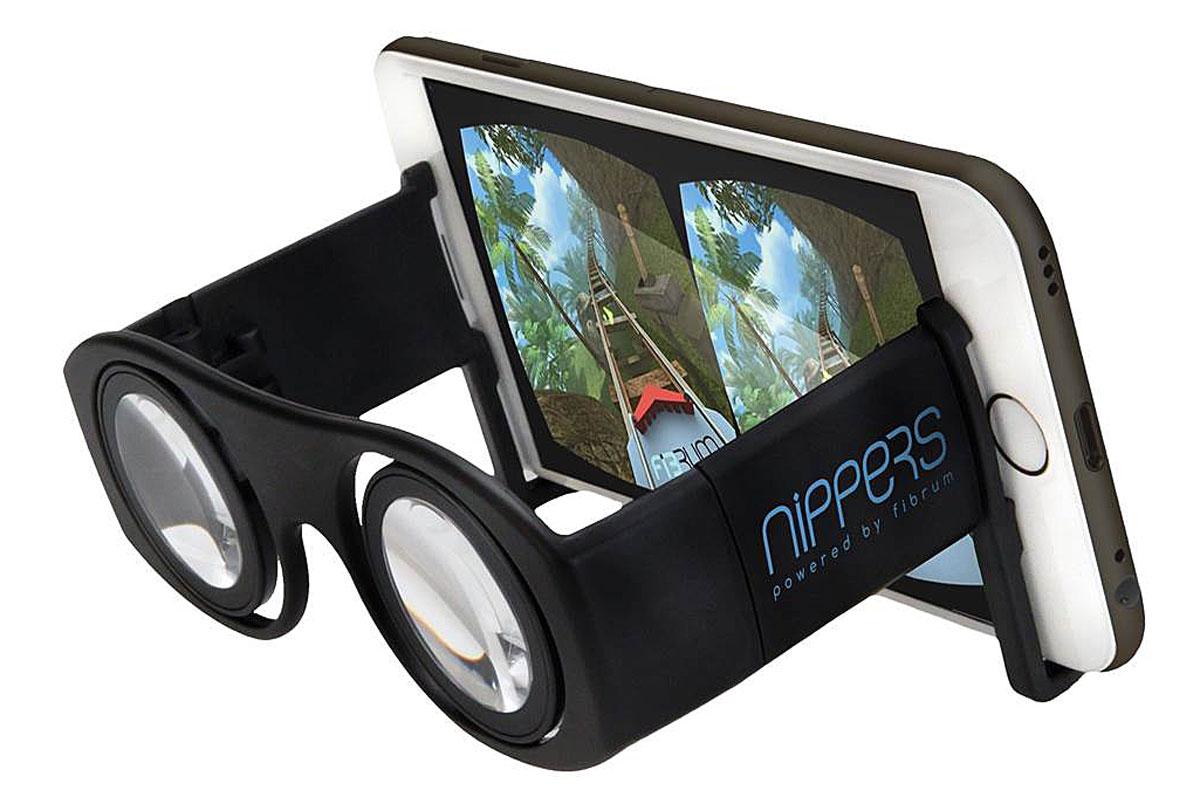 Fibrum Nippers очки виртуальной реальностиC1-GlassFibrum Nippers - пенсне виртуальной реальности, которое позволяет получить первый опыт погружения в виртуальную реальность и ознакомиться с VR технологией. Линзы 30 ммНастройка межзрачкового расстояния: от 55 до 70 мм Материал: пластик