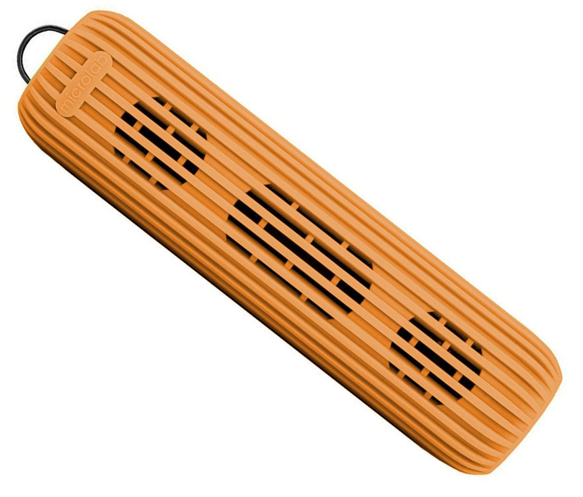 Microlab D21, Orange портативная акустическая система80530Акустическая система необычной формы и дизайна ориентирована на людей, ведущих активный образ жизни. D21 способна стать прекрасным спутником как на небольшом пикнике на природе, так и в долгом походе. Благодаря силиконовому покрытию корпуса, сателлит прощает слушателю небольшие ударные воздействия, а также прекрасно переносит как росу, так и небольшой дождик, что наряду с пылью, может стать фатальным для других портативных акустических систем.Небольшие размеры обеспечивают портативность системы, она не занимает много места и поместится в любом рюкзаке или сумке, а идущий в комплекте шнурок способен закрепить сателлит в походном варианте, позволяя избежать потери колонки.В Bluetooth-режиме при входящем звонке на телефон, можно ответить на звонок через сателлит. Благодаря встроенному в колонку микрофону, телефон искать не обязательно.Колонка способна воспроизводить музыку без источника звука. Чтобы послушать музыку, вам не обязательно разряжать собственный телефон, достаточно вставить Micro SD-card в колонку и наслаждаться любимыми мелодиями.Многообразие цветов. Microlab D21 представлена в 5 цветах, можно выбрать ту расцветку, которая подходит именно вам.Литиевая батарея: 3,7 В; 1200 мАч