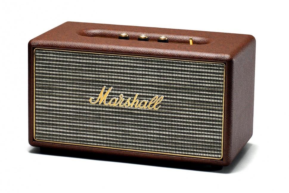 Marshall Stanmore, Brown акустическая система7340055309318Marshall Stanmore – компактная акустическая система, созданная в классическом стиле Marshall по самым современным технологиям.Колонка совместима с большинством аудиоустройств, а небольшие размеры позволяют слушать музыку в любом месте. Для подключения можно использовать стандартный аудиоразъем 3,5 мм или Bluetooth-соединение. Компактная акустика Marshall Stanmore радует совместимостью даже с Apple TV, а также другими устройствами, которые имеют оптический выход.С виду скромные динамики производят мощный детализированный звук даже при максимальном уровне громкости. Marshall Stanmore снабжена аналоговыми регуляторами, дающими возможность производить пользовательскую настройку звука при прослушивании любимых музыкальных композиций. Акустическая система Stanmore работает как в стандартном, так и в энергосберегающем режимах, и представлена в трех цветовых вариантах исполнениях: классический черный, винтажный коричневый и нежный бежевый.Marshall Stanmore – это возврат к золотым временам Rock'n'Roll. Это прекрасное решение для тех, кто ищет качественный звук. Звук высшей пробы, которым многие годы славится вся продукция компании Marshall.Питание: от сети 220 ВДиаметр ВЧ-динамика: 19 ммДиаметр НЧ-динамика: 133 мм