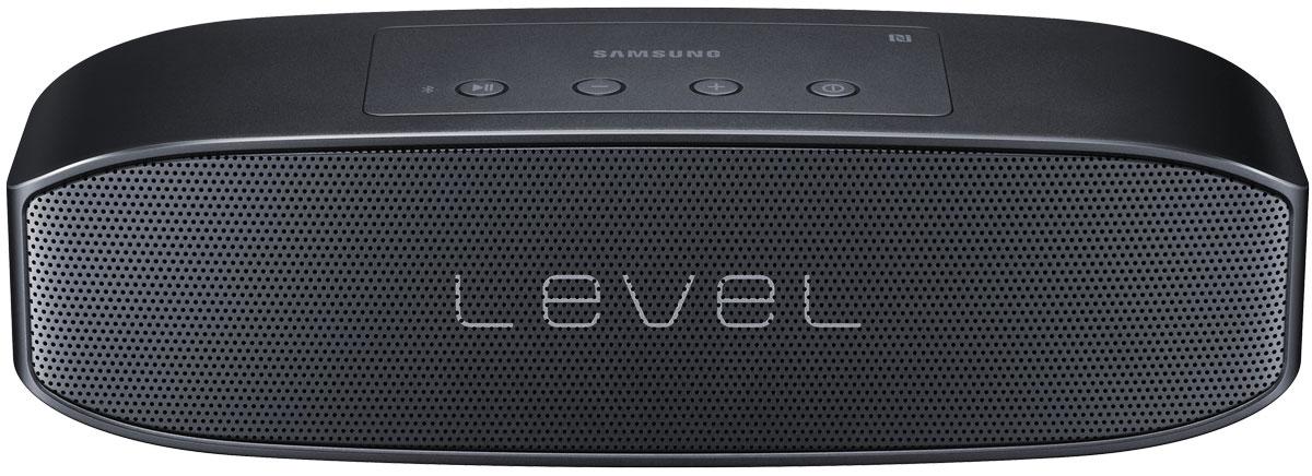 Samsung EO-SG928TBE Level Box Pro, Black беспроводная аудиоколонкаEO-SG928TBEGRUНаслаждайтесь великолепным звуком с компактной колонкой Samsung Level Box Pro в качестве 96 кГц/24 бит, превосходящим Audio CD (44.1 кГц/16 бит), используя новейший кодек UHQ-BT, минимизирующий потери звучания. Богатый сбалансированный звук создает впечатление, будто вы находитесь в студии звукозаписи.Благодаря четырём встроенным динамикам и двум пассивным радиаторам вы получаете чистые верха, богатые средние частоты и глубокие басы. 20 Ватт выходной мощности обеспечивают звук роскошного уровня даже в помещениях большого объёма.Соедините две аудиоколонки Samsung Level Box Pro в одну систему для получения ещё более мощного и невероятно богатого звука. Наслаждайтесь по-настоящему реалистичным стереозвуком.Вы можете соединить Samsung Level Box Pro сразу с двумя устройствами, будь то смартфон, планшет или ноутбук. Подключите их один раз, и они будут автоматически соединяться при каждом включении Bluetooth.
