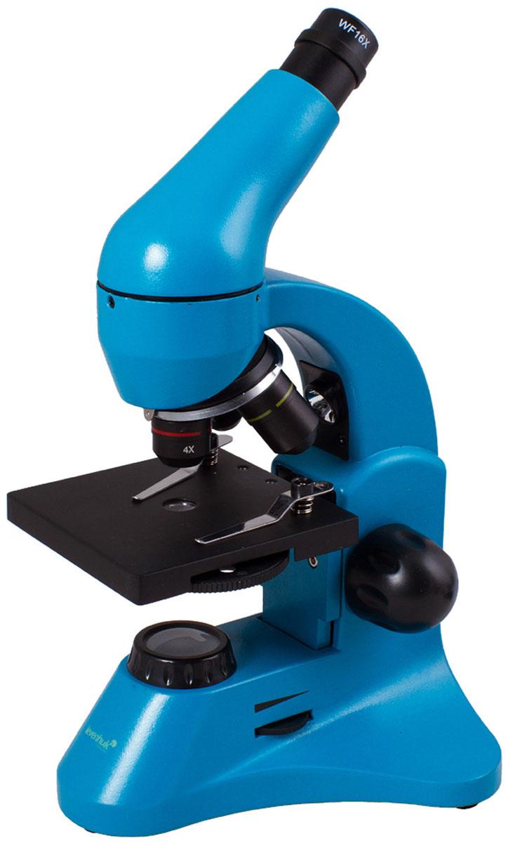 Levenhuk Rainbow 50L Plus, Azure микроскопXSP-45 metal Pantone #313CУчеба или лабораторные исследования станут увлекательнее с микроскопом Levenhuk Rainbow 50L Plus. Новичкам пригодится набор для проведения экспериментов, а опытные исследователи оценят превосходные оптические характеристики, эргономичность и надежность прибора. Благодаря яркому революционному дизайну микроскоп станет идеальным подарком для всех, кто интересуется биологией.Качественная оптика:Три объектива позволяют получить увеличения 64, 160 и 640 крат. В конструкции объектива 40xs используется особый пружинный механизм, который защищает оптику от повреждений. Благодаря этому механизму объектив отодвинется, если при фокусировке случайно коснуться им препарата. В комплект входит линза Барлоу, повышающая кратность прибора с каждым объективом. Уже в базовой комплектации микроскоп позволяет получить увеличение до 1280 крат!Линзы сделаны из качественного оптического стекла и покрыты просветляющим составом, так что картинка получается контрастной и резкой.Универсальная светодиодная подсветка:Микроскоп снабжен двумя яркими светодиодными осветителями. Чтобы изучать прозрачные препараты, например кошачью шерсть или микроскопических аквариумных рачков, используйте нижнюю подсветку. С помощью верхнего осветителя можно рассматривать непрозрачные препараты - волокна бумаги, монеты и многое другое. Полупрозрачные объекты хорошо видны, если включить сразу оба осветителя. Яркость регулируется, так что для каждого объекта можно подобрать подходящий уровень освещения.Эргономичный корпус:Микроскоп отличается современным эргономичным дизайном - в его конструкции учтено все для удобного использования. Корпус изготовлен из металла, так что прибор легко выдержит частое использование. Чтобы пользователь не уставал при долгой работе с микроскопом, окулярная насадка наклонена на 45°. Кроме того, насадку вращается на 360° вокруг оси - при групповых занятиях микроскоп можно не двигать.Подсветка работает от сети переменного то