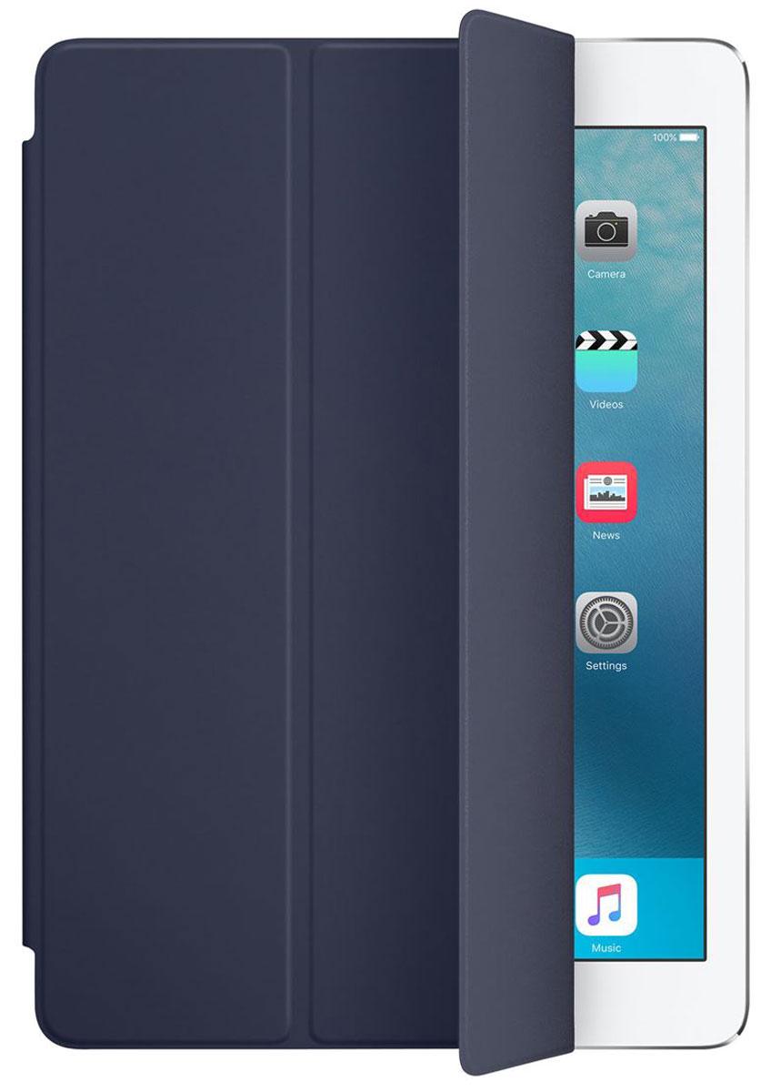 Apple Smart Cover чехол для iPad Pro 9.7, Midnight BlueMM2C2ZM/AОбложка Apple Smart Cover для iPad Pro 9.7 создана из цельного листа полиуретана, чтобы защищать переднюю поверхность вашего устройства. Smart Cover автоматически выводит iPad из режима сна при открытии и переводит в режим сна при закрытии. Она складывается различными способами, что позволяет использовать её как подставку для чтения, просмотра фильмов, набора текста или звонков FaceTime. Обложка снимается и надевается очень легко - в любой момент.
