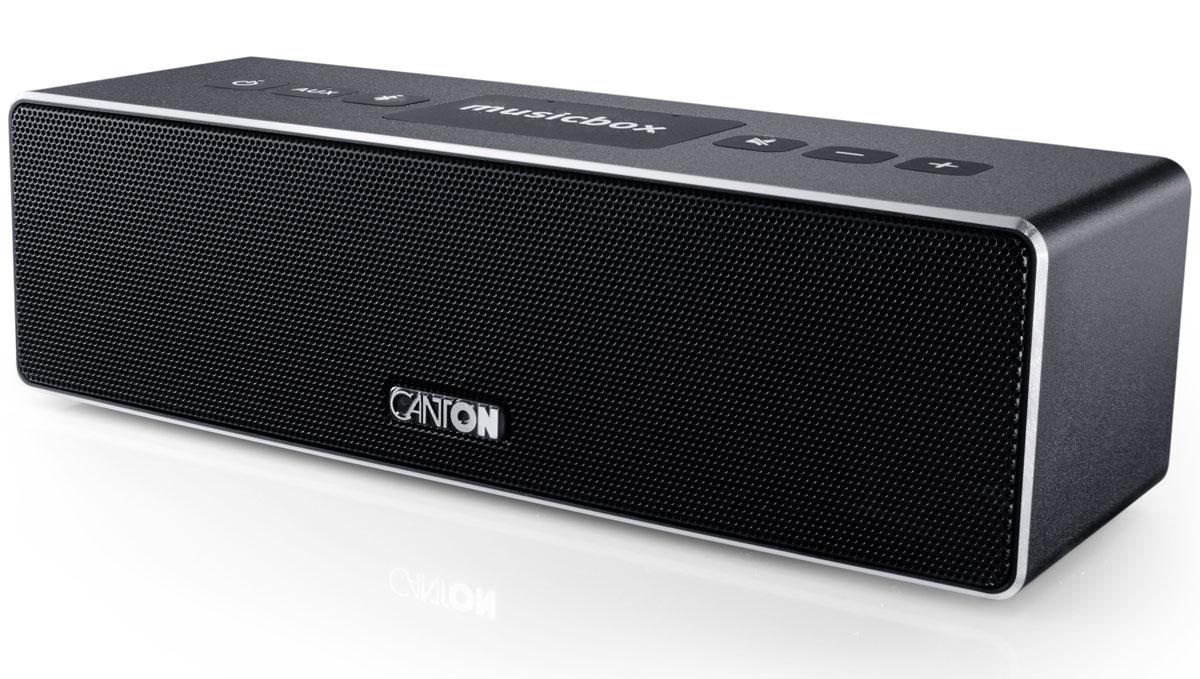 Canton Musicbox XS, Black портативная акустическая система4010243035727Canton Musicbox XS - это современная беспроводная акустическая система от популярного немецкого производителя Hi-Fi и Hi-End-техники.Качественное звучание получается за счет мощного встроенного цифрового усилителя 60 Ватт, фирменных динамиков Canton, а также за счет применения оригинальных технологий, основная суть которых заключается в особенной комбинации активных и пассивных динамиков, за счет чего в компактных системах удалось добиться внушительного баса и музыкальности.Интерфейс Bluetooth версии AptX4.0 обеспечивает возможность беспроводного воспроизведения музыки высокого разрешение (High Resolution). Для удобного беспроводного соединения предусмотрена также функция NFC, позволяющая установить Bluetooth соединение одним касанием. Диапазон работы 10 метров. Устройство запоминает до 5 смартфонов и 2 из них могут быть подключены одновременно.Питание от встроенной аккумуляторной батареи обеспечивает работу системы в режиме воспроизведения в течение 10 часов.