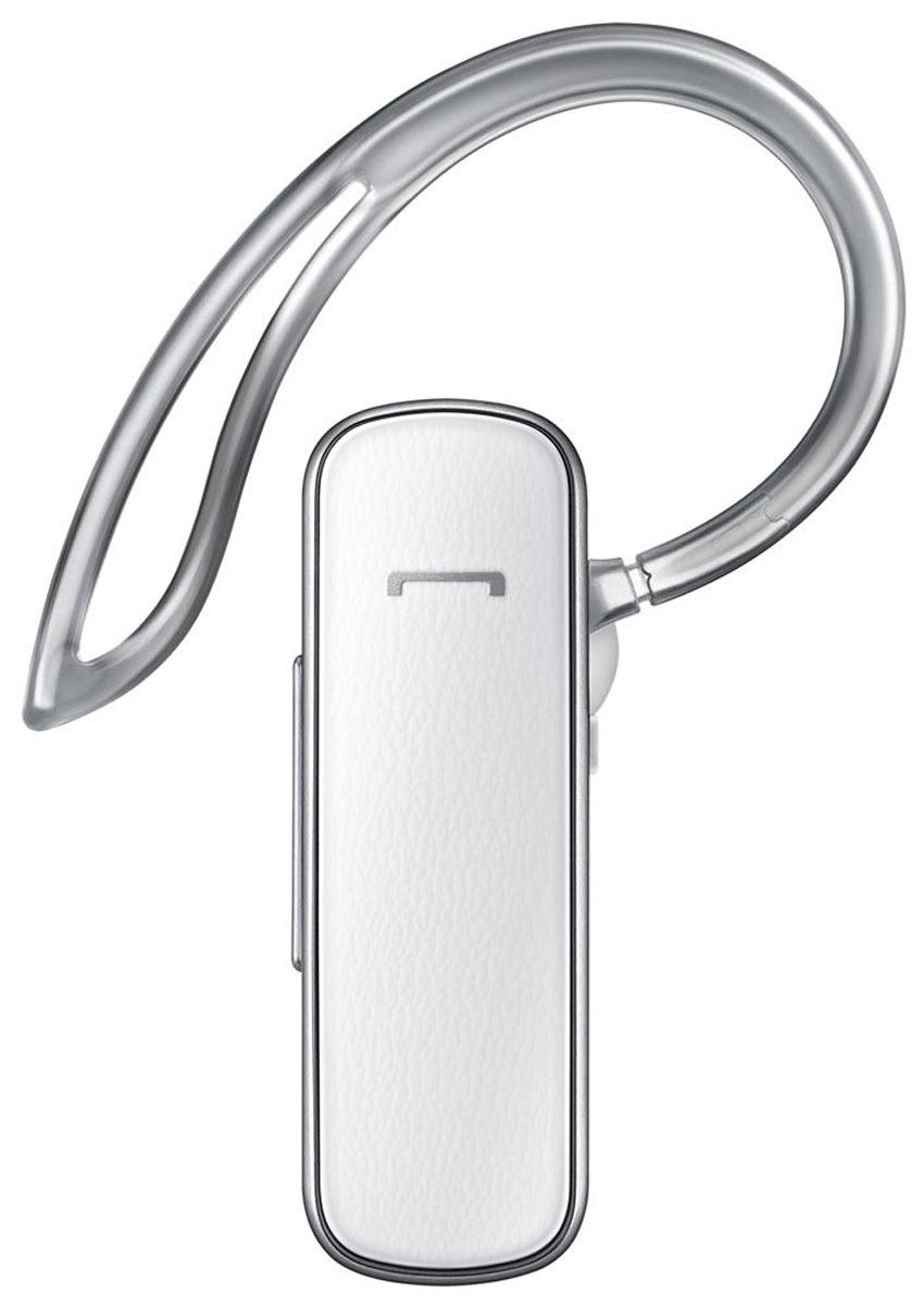 Samsung EO-MG900, White Bluetooth-гарнитураEO-MG900EWRGRUПодчеркните свою индивидуальность с Bluetooth-гарнитурой Samsung EO-MG900. Текстурированная поверхность придаёт ей изысканность, а лёгкий и компактный корпус обеспечивает комфорт и удобство даже после длительного использования.Беспроводная гарнитура Samsung EO-MG900 поставляется с маленькими и средними по размеру ушными вкладышами, которые не только уменьшают уровень внешнего шума почти до нуля, но и обеспечивают исключительно комфортное ощущение в ухе. Для надёжной фиксации гарнитуры используйте специальную прозрачную дужку.Эргономично спроектированная гарнитура EO-MG900 оснащена технологией подавления шума и устранения эха, благодаря чему существенно улучшилось качество передачи речи. Оптимальное расположение микрофона обеспечивает исключительно чёткое воспроизведение речи во время вызова.Bluetooth-гарнитура Samsung EO-MG900 рассчитана на 330 часов ожидания и 9 часов непрерывного разговора, благодаря чему вы можете оставаться на связи, где бы вы ни находились.Голосовые подсказкиИндикация уровня заряда аккумулятораКнопка ответаПотоковое воспроизведение звукаОжидание/удержание вызоваГолосовой набор