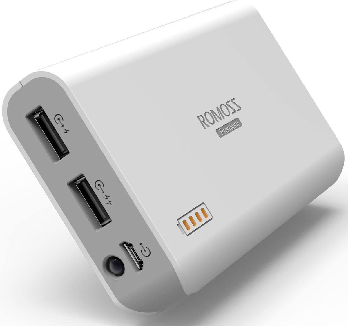Romoss Sailing 3, White внешний аккумулятор00000008789Внешний аккумулятор Romoss Sailing 3 отличается большой емкостью и быстрым временем зарядки. Эта батарея станет незаменимым помощником в случае, когда нет розетки под рукой. Наличие двух USB выходов позволит заряжать два цифровых устройства одновременно.Данная модель содержит в себе авторизованные компанией Samsung аккумуляторные ячейки высокой емкости. Зарядка начинается сразу же после подключения устройства к аккумулятору, и может продолжаться даже если сам аккумулятор поставить на зарядку.Ударопрочный корпус, сделанный из ABS-пластикаСветодиодный фонарик