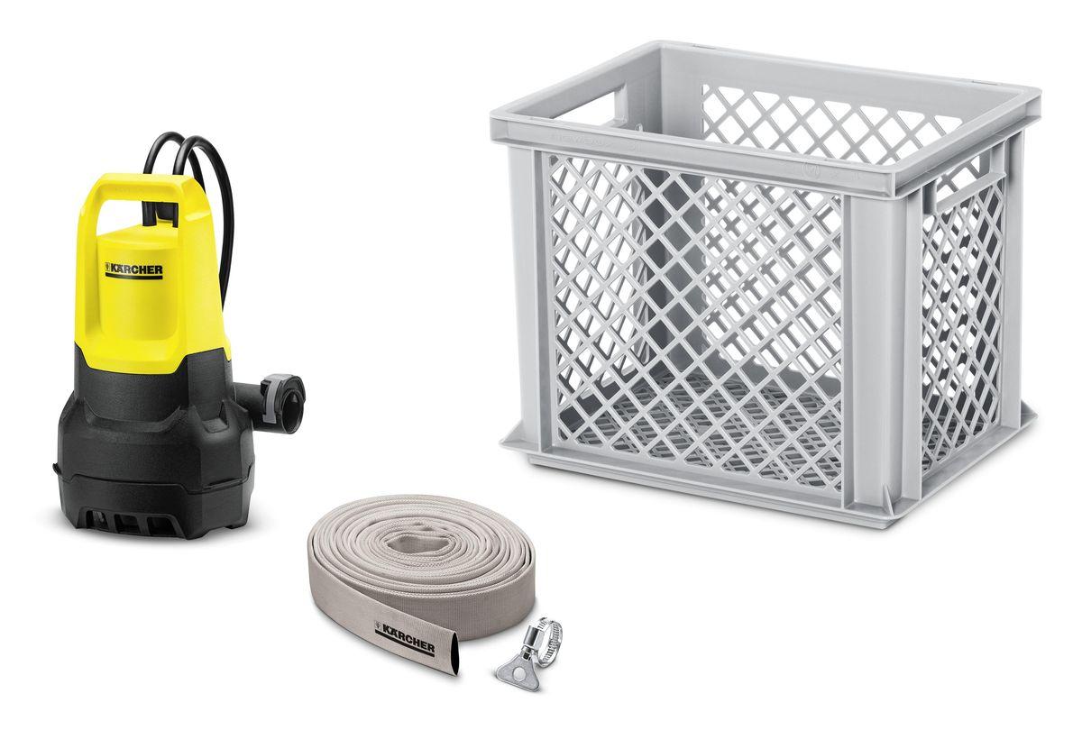 Комплект с дренажным насосом Karcher SP Box 1.645-507.0В случае наводнения или подтопления, когда необходимо быстро откачать воду, на помощь придет комплект для дренажа SP Box. Набор включает в себя все необходимое для быстрого начала работы. Мощный дренажный насос SP 5 Dirt обладает производительностью до 9 500 л/ч и предназначен для работы с грязной водой с частицами примесей до 20 мм. Также в комплект входит 10-метровый шланг 1 1/4, который быстро подключается к насосу благодаря системе Quick Connect. Фиксация шланга производится с помощью хомута и не требует применения инструментов. В случае сильного загрязнения воды ящик, стенки которого представляют собой крупноячеистые решетки, может использоваться в качестве дополнительного фильтра, надежно защищающего крыльчатку насоса от засорения.