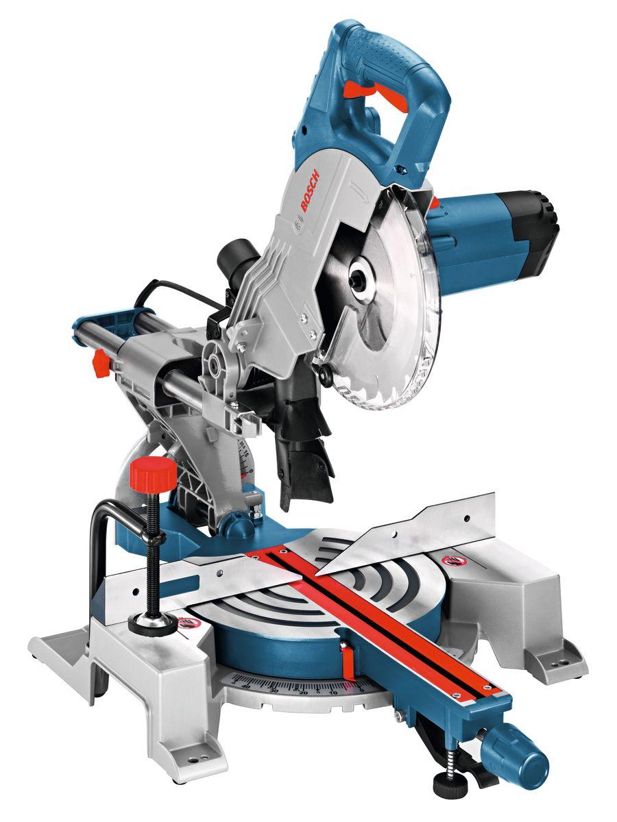Торцовочная пила Bosch GCM 800 SJ0601B19000Обзор технических характеристикНоминальная потребляемая мощность 1400 WПроизводительность резания при 0° 70 x 270 ммПроизводительность резания, угол скоса 45° 70 x 190 ммПроизводительность резки, угол 45° 48 x 270 ммКомплектация:Ключ с внутренним шестигранникомПильный диск 216 x 30мм