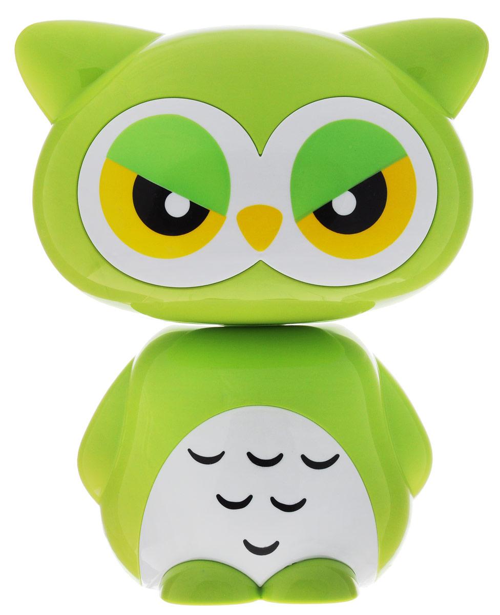 Sima-land Светильник Филин цвет зеленый1111624_зеленыйСегодня особо ценятся уникальные креативные предметы интерьера, и светильник Sima-land Филин как раз из их числа. Светильник выполнен из качественного пластика в виде филина. На тыльной поверхности головы филина расположены 16 светодиодов, которые включаются посредством кнопки на спине филина. Предусмотрено 2 режима свечения: 8 светодиодов и 16 светодиодов. Голова филина поднимается на телескопической ножке и может наклоняться на 180°. Ваш малыш обрадуется такой интересной вещице, отлично вписывающейся в интерьер детской комнаты. Пусть этот милый забавный дружок будет и вашим верным помощником. Оставляйте свет включённым, если ребёнок боится засыпать в темноте, и будьте уверены, что тёплое освещение не помешает ему погрузиться в царство Морфея. Светильник работает от встроенного аккумулятора. Зарядка осуществляется от USB-порта (зарядное устройство в комплекте) или от сети (шнур питания приобретается отдельно).