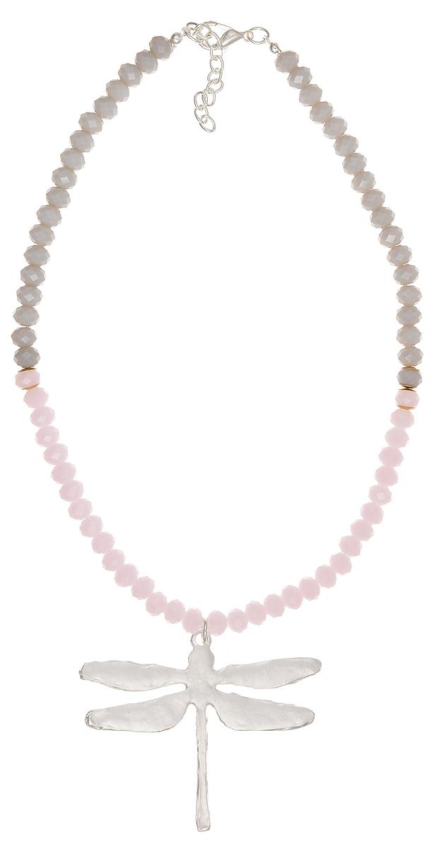 Ожерелье Модные истории, цвет: розовый, серый, серебристый. 12/0970/181Ожерелье (короткие многоярусные бусы)Оригинальное ожерелье Модные истории выполнено из стеклянных ограненных бусин. Ожерелье дополнено подвеской из металла в виде стрекозы. Изделие застегивается на замок-карабин с регулирующей длину цепочкой. Ожерелье модного дизайна поможет создать уникальный и запоминающийся образ, а также подчеркнет вашу индивидуальность.
