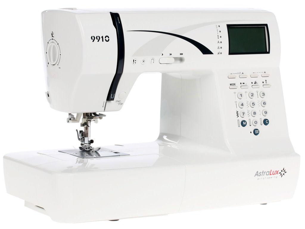 Astralux 9910 швейная машинка9910Топовая - самая старшая модель в линейке швейных машин ASTRALUX. Машинка имеет самую полную комплектацию, и самый большой набор операций. Возможности ее, можно сказать, безграничны.... Шейте, творите, создавайте и удивляйте окружающих работами, выполненными на процессорной швейной машине Astralux 9900 / 9910*. Она оснащена всеми возможными регулировками, регуляторами и настройками, всем что сделает работу на ней максимально комфортной, не смотря на ткань, будь то шелк или грубая джинса.* отличие моделей только в незначительных деталях дизайна экстерьера.