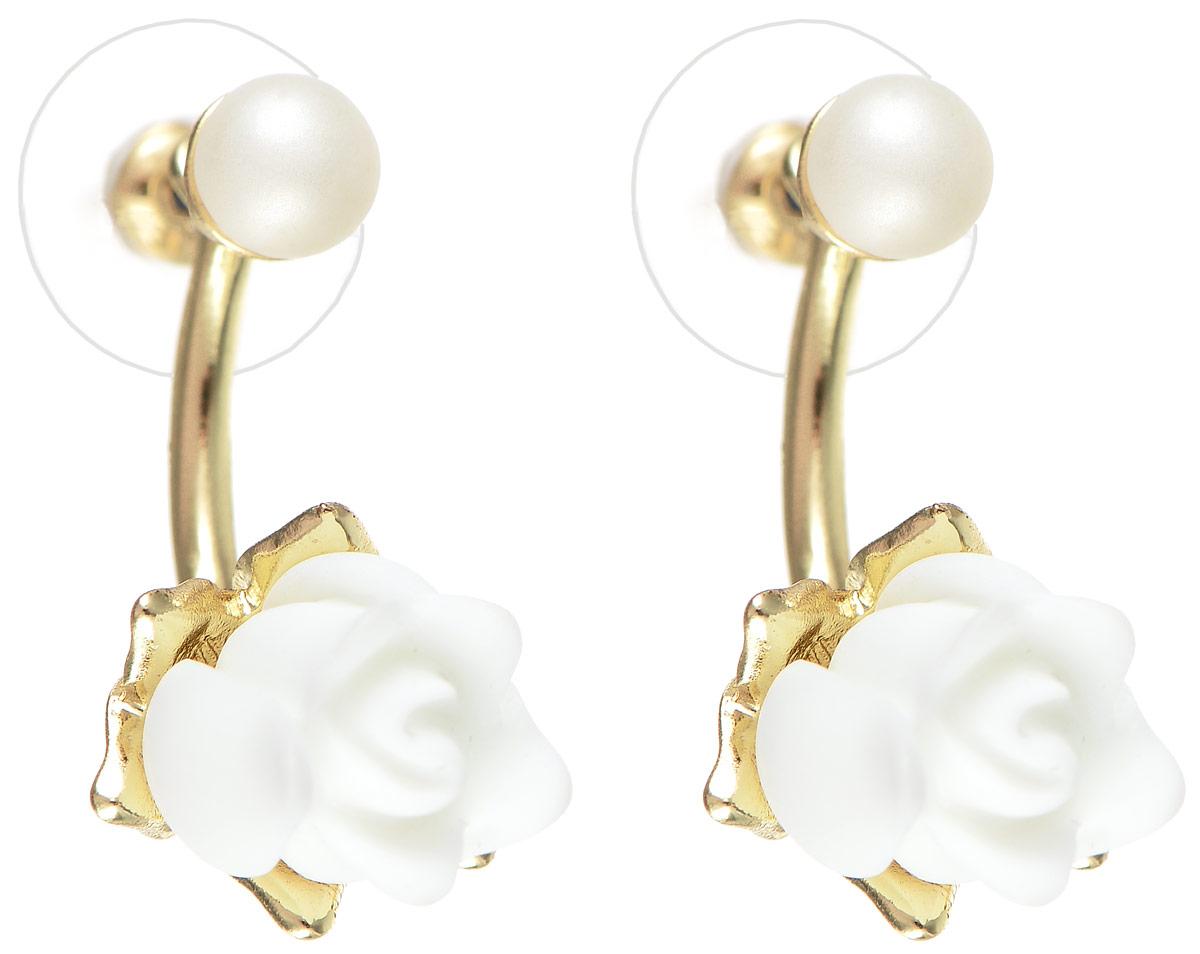 Серьги Selena Audrey, цвет: белый, золотистый. 20089660Пуссеты (гвоздики)Элегантные серьги Selena Audrey изготовлены из керамики, ювелирного сплава c гальваническим покрытием из золота и дополнены съемными подвесками.Изделие застегивается на замок-гвоздик с заглушками.Стильные серьги помогут дополнить любой образ и привнести в него завершающий яркий штрих.