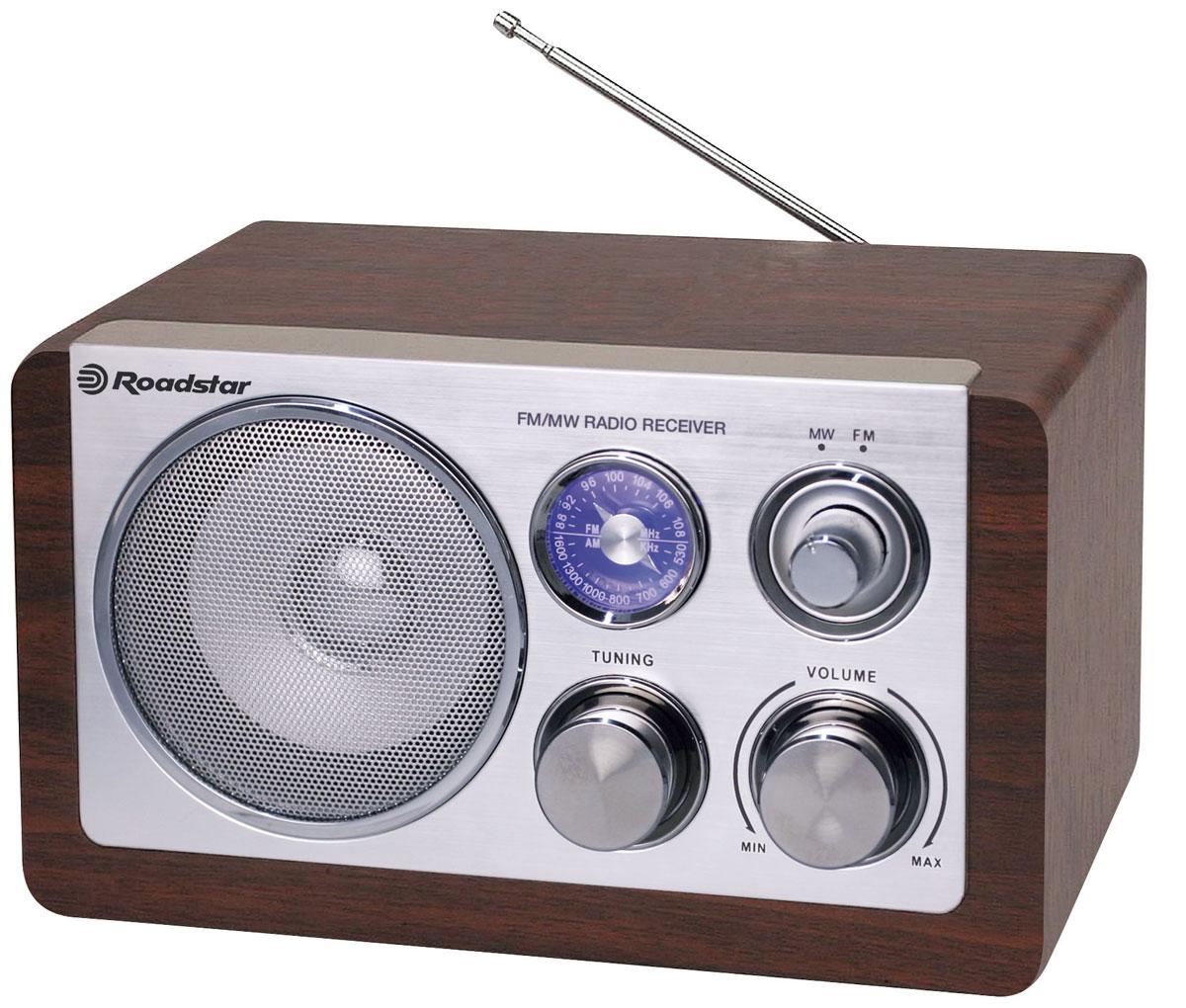 RoadStar HRA-1200N/WD, Wood, ретро-радиоприемникHRA-1200N/WDОригинальный проигрыватель RoadStar HRA-1200N станет актуальным подарком для меломана или просто любителя ретро-дизайна. Внешне ретро проигрыватель напоминает старинные радиоприемники. Корпус изготовлен из полированного дерева. Качественное звучание действительно поразит вас и доставит удовольствие при прослушивании любимых радиостанций.