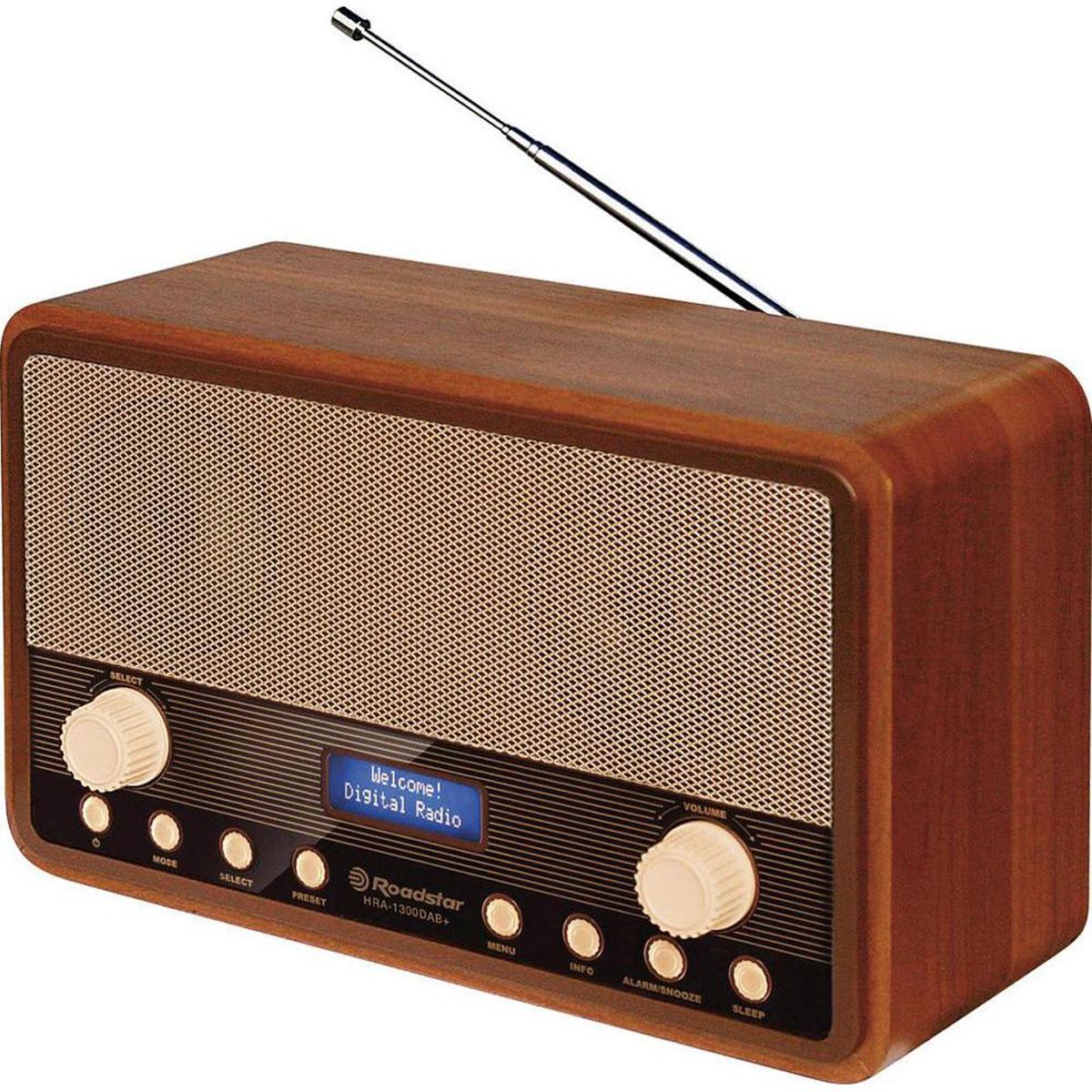 RoadStar HRA-1300DAB, Wood, ретро-радиоприемникHRA-1300DABRoadStar HRA-1300DAB - ретро FM - радиоприемник с RDS и DAB / DAB +, который обеспечивает более высокое качество звука по сравнению с FM-радиовещанием. Он безусловно станет актуальным подарком для меломана или просто любителя ретро-дизайна. Устройство оснащено жидкокристаллическим дисплеем с голубой подсветкой. Помимо звука приемником могут передаваться тексты, картинки и другие данные - больше, чем в RDS! Устройство поглощает слабые радиопомехи, что обеспечивает неизменно хорошее звучание. RoadStar HRA-1300DAB - это более экономичное использование частотного пространства посредством передачи сигналов. Также радиоприемник оснащен функцией будильника, а его качественное звучание действительно поразит вас и доставит удовольствие при прослушивании любимых радиостанций.
