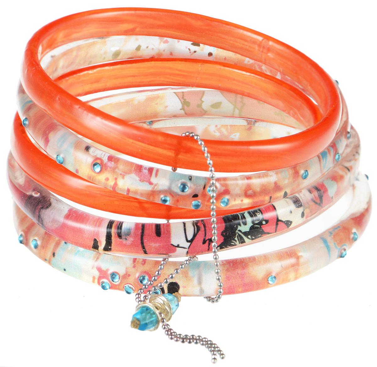 Браслет Lalo Treasures Row, цвет: оранжевый. Bn2509-1Браслет с подвескамиЯркое комбинированное украшение Lalo Treasures Row включает пять браслетов, выполненных из ювелирной смолы. Изделия оформлены стразами и оригинальными орнаментами.Стильное украшение поможет дополнить любой образ и привнести в него завершающий яркий штрих.