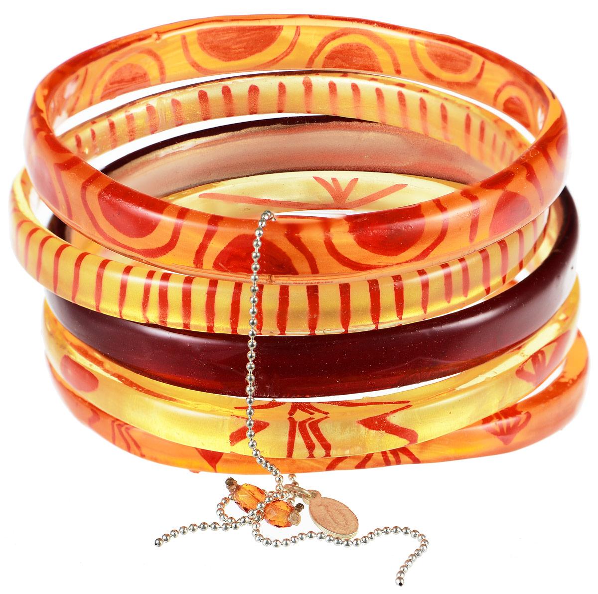 Браслет Lalo Treasures Me & the Others, цвет: оранжевый, красный, желтый. B2433-2Ажурная брошьЯркое комбинированное украшение Lalo Treasures Me & the Others включает пять браслетов, выполненных из ювелирной смолы. Изделия оформлены оригинальными орнаментами.Стильный браслет поможет дополнить любой образ и привнести в него завершающий яркий штрих.
