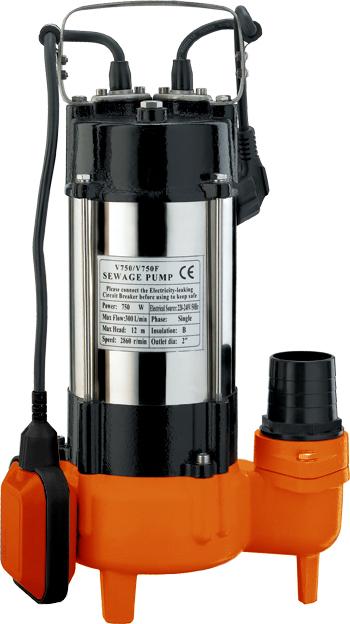 Фекальный насос Вихрь ФН-75068/5/3Фекальный насос Вихрь ФН-750 предназначен для откачки сильнозагрязненных вод, сточных вод и вод, содержащих волокнистые включения. Используется для откачки воды из рек, водоемов, осушения подтопленного подвала, погреба, гаража, работы на автомойке, а также для орошения и подачи воды. Агрегат включает насосную часть, герметичный электродвигатель и поплавковый выключатель. Электродвигатель состоит из статора с термопротектором, который защищает двигатель от перегрева при превышении температуры обмоток выше допустимой нормы. Камера теплообмена обеспечивает охлаждение насоса. Металлический корпус гарантирует высокую прочность и значительно увеличивает срок службы устройства. Насос оснащен поплавковым выключателем, который отрегулирован на определенный уровень включения и отключения насоса. Для исключения образования воздушных пробок в рабочей полости насоса имеется клапан. Насос не требует консервации. Во время эксплуатации насос не требует никакого обслуживания. Максимальное количество включений: 20 час. Максимальная высота подъема: 13 м. Напряжение: 220 В. Частота: 50 Гц. Тип электродвигателя: асинхронный, однофазный с короткозамкнутым ротором. Максимальная подача: 18 м3/час. Мощность: 750 Вт. Диаметр пропускаемых частиц: 42 мм. Диаметр выходного патрубка: 2 дюйм. Длина кабеля: 10 м.