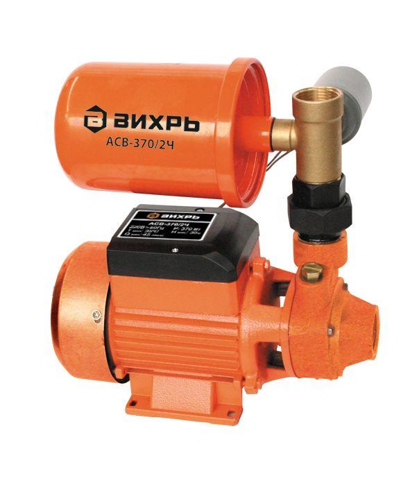 Насосная станция Вихрь АСВ-370/2Ч68/1/8Насосная станция Вихрь АСВ-370/2Ч - это компактный агрегат для водоснабжения, полива и орошения сада. Применяется в системах водоснабжения при заборе воды из колодцев, резервуаров, прудов и других источников. Она обладает хорошей всасывающей способностью и используется для подачи воды с глубины до 9 м. Модель имеет прочный чугунный корпус и долговечный асинхронный электродвигатель. Предусмотрены ножки для устойчивости на любой поверхности. Гидроаккумулятор емкостью 2 л служит для сглаживания гидроударов. Агрегат автоматически поддерживает давление в системе. Технические характеристики: Максимальное количество включений: 20 часов. Допустимая концентрация твердых частиц в перекачиваемой в воде: 150 г/м3. Максимальная глубина всасывания: 9 м. Ток питающей сети: однофазный переменный. Напряжение: 220 В. Частота: 50Гц. Тип электродвигателя: асинхронный, однофазный с короткозамкнутым ротором. Максимальный напор: 30 м. Максимальная подача: 45 л/мин. Потребляемый ток: 1,7 А. Мощность: 370 Вт. Емкость гидроаккумулятора: 2 л. Диаметр входного патрубка: 1. Диаметр выходного патрубка: 1.