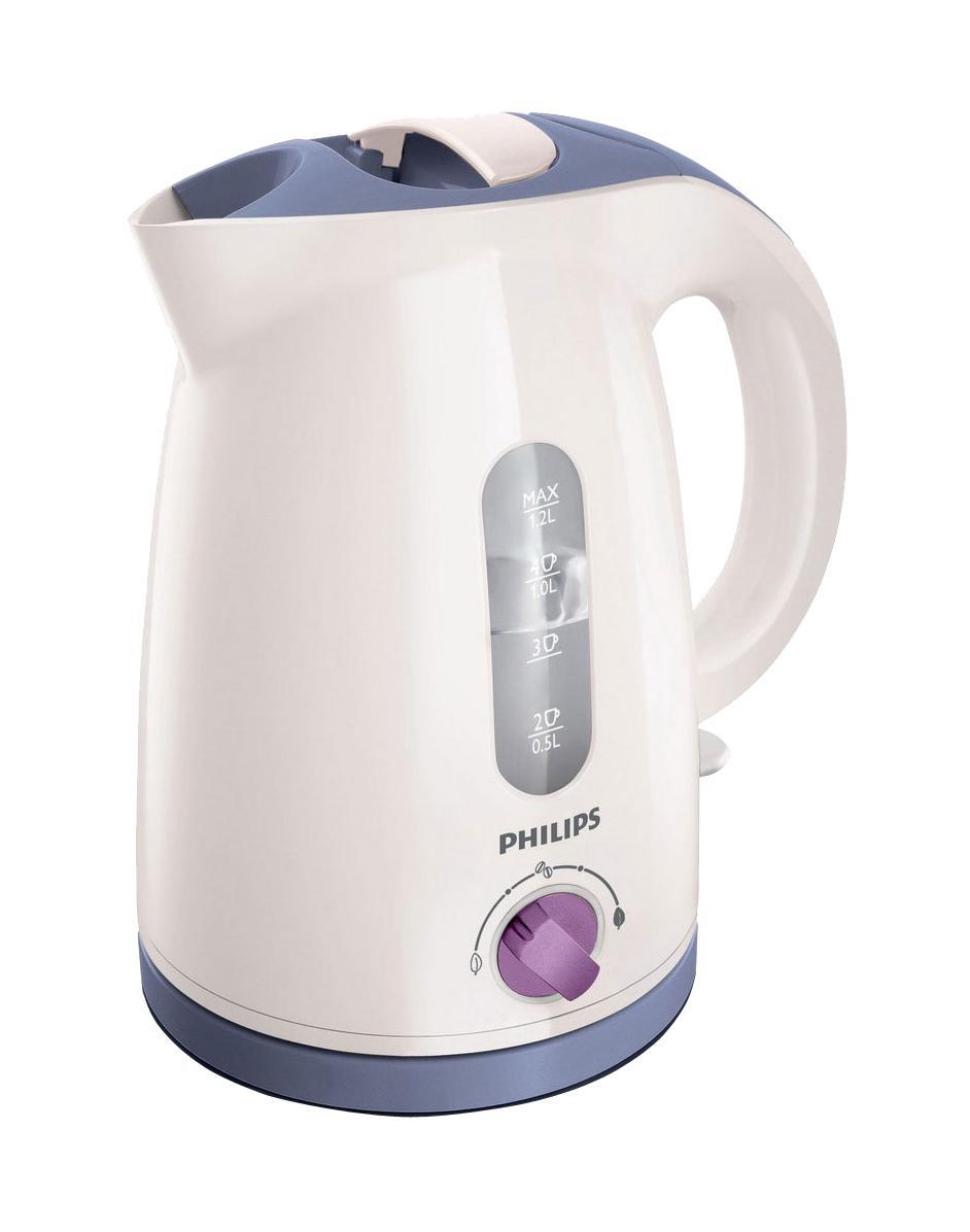 Philips HD 4678/40, White Violet электрочайникHD4678/40Чтобы получить наслаждение от восхитительного аромата горячих напитков, их необходимо готовить при оптимальной температуре: температура приготовления зеленого чая должна составлять до 80°C, растворимого кофе - 90 °C, а черного чая, горячего шоколада и супа - 100°C. Установите необходимую настройку с помощью регулятора и наслаждайтесь вкусом любимого напитка. Регулятор температуры для наслаждения восхитительным ароматомРегулятор температуры для наслаждения восхитительным ароматом напитков. Катушка для удобного хранения шнураШнур оборачивается вокруг основания, что позволяет легко разместить чайник на кухне. Фильтр от накипи обеспечивает чистоту водыФильтр от накипи обеспечивает чистоту воды и чайника Беспроводная подставка с поворотом на 360° для удобства использования. Индикатор воды по чашкам позволяет вскипятить столько воды, сколько нужноЕсли вы кипятите ровно столько воды, сколько нужно, вы экономите энергию и воду, внося свой вклад в защиту окружающей среды. Комплексная система безопасностиКомплексная система безопасности для предотвращения короткого замыкания и выкипания воды. Функция автовыключения активируется, когда процесс завершается или прибор снимается с основания. Индикаторы уровня воды с двух сторон чайникаИндикаторы уровня воды по обеим сторонам электрического чайника Philips будут удобны и для правшей, и для левшей. Плоский нагревательный элемент для быстрого кипячения воды и легкой чисткиВстроенный нагревательный элемент из нержавеющей стали обеспечивает быстрое кипячение и простую чистку. Широко открывающаяся откидная крышка для удобства наполнения и чистки чайникаШироко открывающаяся откидная крышка для удобства наполнения и чистки чайника исключает контакт с паром. Когда чайник включен, загорается подсветкаЭлегантная подсветка кнопки включения/выключения уведомляет о процессе нагрева воды.