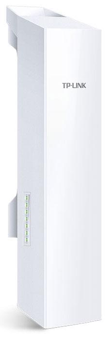 TP-Link CPE220 наружная беспроводная точка доступаCPE220Наружная Wi-Fi точка доступа TP-Link CPE220 является недорогим и качественным решением для обеспечения беспроводного подключения вне помещения. Благодаря централизованному ПО для управления сетью устройство идеально подходит для подключения по схеме точка-точка, точка-многоточка, а также для создания Wi-Fi доступа вне помещения. Высокая производительность и удобный дизайн делают TP-Link CPE220 идеальным выбором для предприятий и конечных пользователей.Чипсет уровня Enterprise от Qualcomm Atheros, высокомощные антенны, специально разработанный корпус и поддержка питания по стандарту PoE обеспечивают превосходную работу точки доступа TP-Link CPE220 практически в любом климате. Рабочая температура устройства находится в диапазоне от -30 °С до +70 °С.Точка доступа предназначена для использования вне помещения и подходит для беспроводной передачи данных на расстоянии 13 км+. Устройство прошло эксплуатационные испытания.При увеличении масштабов сети увеличивается возможность конфликтов точек доступа и базовыхстанций, что может выражаться в уменьшении пропускной способности и негативно влиять на качество связи. Для уменьшения данного эффекта в точках доступа TP-Link используется технология MAXtream TDMA.Точки доступа TP-Link CPE220 оборудованы централизованным ПО для управления сетью - Pharos Control, которое позволяет легко управлять всеми устройствами в сети. Обнаружение, мониторинг состояния, обновление встроенного ПО, а также другие функции управления сетью могут выполняться с помощью Pharos Control.