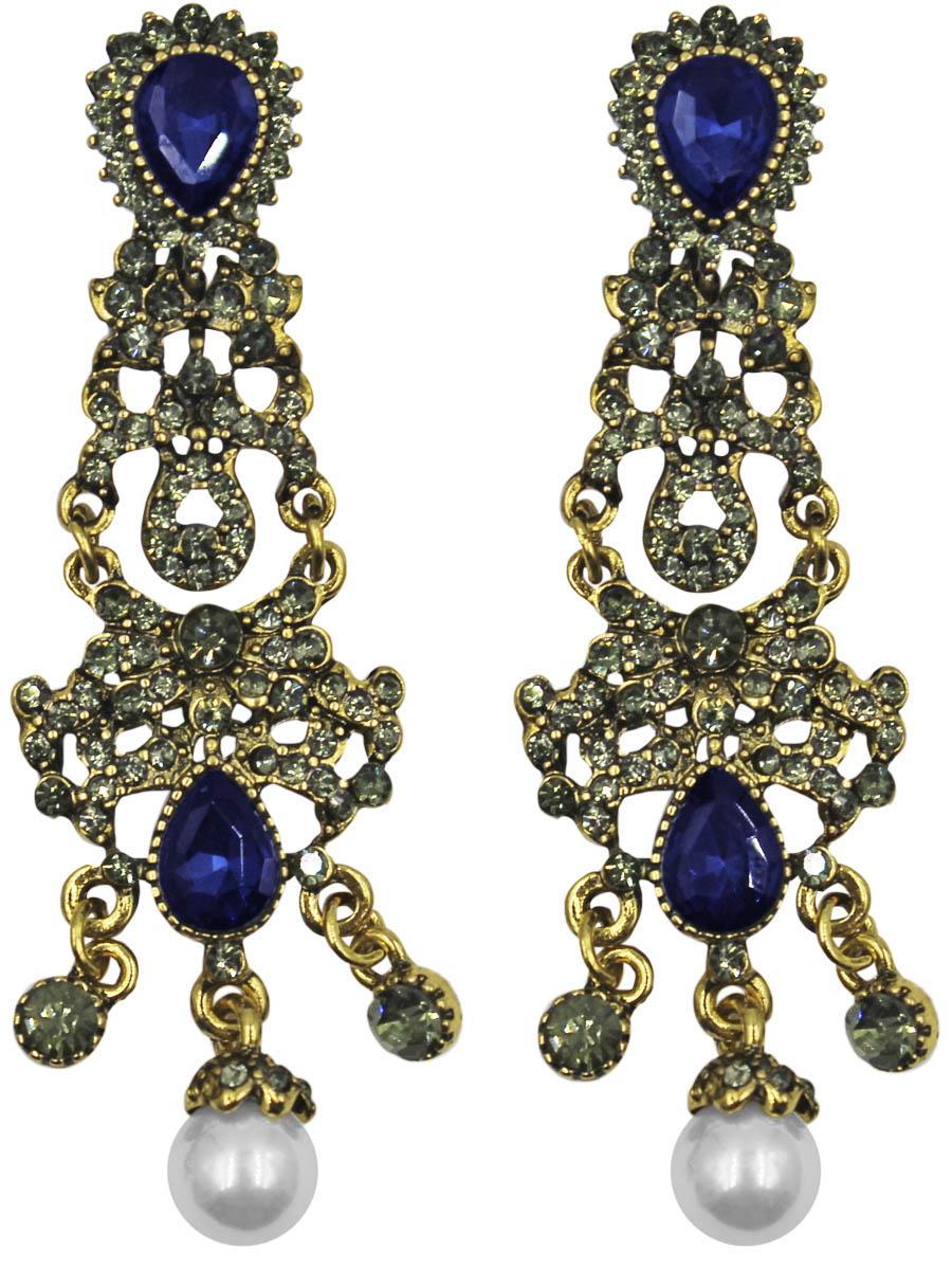 Серьги Taya, цвет: золото, темно-синий. T-B-11272-EARR-GL.D.BLUE39859|Пуссеты (гвоздики)Серьги с английским замком изготовлены из гипоаллергенного бижутерного сплава. Крупные, грациозные серьги состоят из пластины с винтажным узором и небольших капель. Каждая капелька украшена эффектным камнем или жемчужиной.