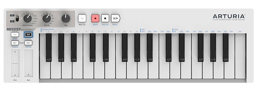 Arturia KeyStep MIDI-клавиатураKeyStepArturia KeyStep стильная и недорогая MIDI-клавиатура. Данная модель оснащена встроенным полифоническим шаговым секвенсором, имеет три различных режима работы и продвинутые возможности подключения. MIDI-клавиатура оснащена качественной клавиатурой с 32 мини-клавишами, обеспечивающей естественные ощущения при игре.Особенности:Встроенный 64-шаговый 8-нотный полифонический секвенсорАрпеджиатор с 8-ю режимами и режим воспроизведения аккордовМножество вариантов подключенияВозможность управления любым цифровым или аналоговым синтезаторомСенсорные ленточные контроллеры Pitch Bend и ModulationПитание по шине USB или от опционального внешнего адаптера (продается отдельно)Питание от iPad (необходим опциональный адаптер Camera Connection Kit)