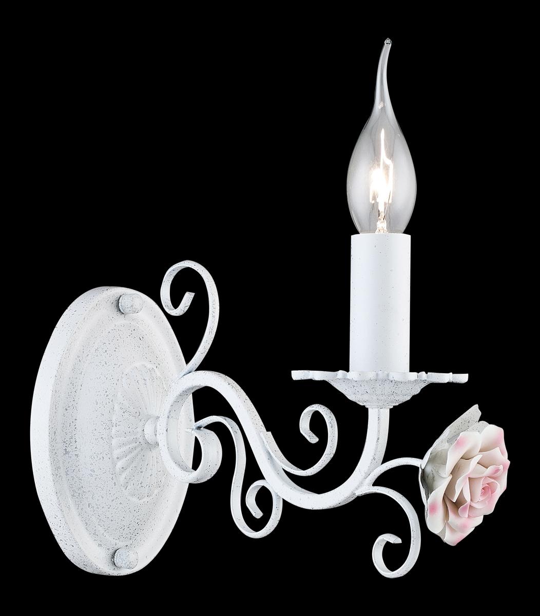Бра Natali Kovaltseva Olga, 1 х E14, 40W. 11384/1WOLGA 11384/1W WHITE SILVERБра Natali Kovaltseva, выполненное в изысканном классическом стиле, станет украшением вашей комнаты и изысканно дополнит интерьер. Изделие крепится к стене. Такое бра отлично подойдет для освещения кабинета, спальни или гостиной. Бра изящной формы выполнено из металла с покрытием под мрамор и декорировано керамической розочкой. К данному типу светильников отлично подойдет лампочка в форме свечи. В коллекциях Natali Kovaltseva представлены разные стили - от классики до хайтека. Дизайн и технологическая составляющая продукции разрабатывается в R&D центре компании, который находится в г. Дюссельдорф, Германия. При производстве продукции используются высококачественные и эксклюзивные материалы: хрусталь ASFOR, муранское стекло, перламутр, 24-каратное золото, бронза. Производство светильников соответствует стандарту системы менеджмента качества ISO 9001-2000. На всю продукцию ТМ Natali Kovaltseva распространяется гарантия.